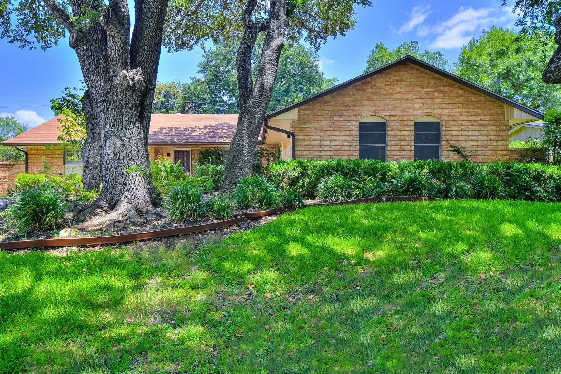 Single Family Homes for Sale at Opportunities Abound in Castle Hills 300 Towne Vue Drive San Antonio, Texas 78213 United States