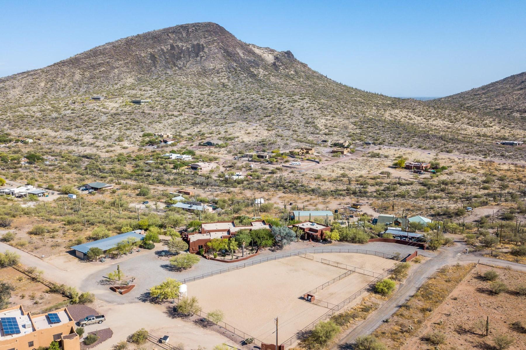 土地,用地 为 销售 在 43011 N 18th Street, New River, AZ 85087 43011 N 18th Street 新河, 亚利桑那州 85087 美国