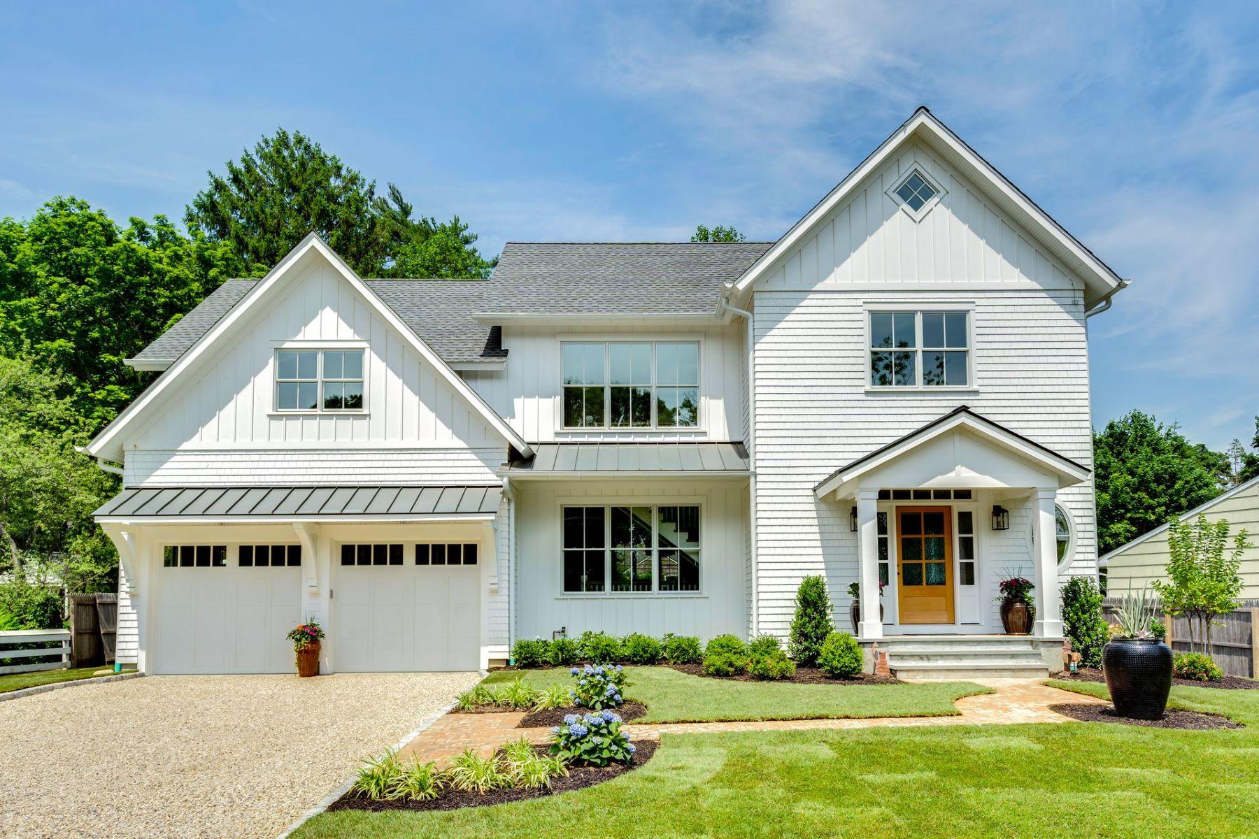 Single Family Homes 為 出售 在 Huntington Bay 1 Gormley Lane, Huntington Bay, 纽约 11743 美國