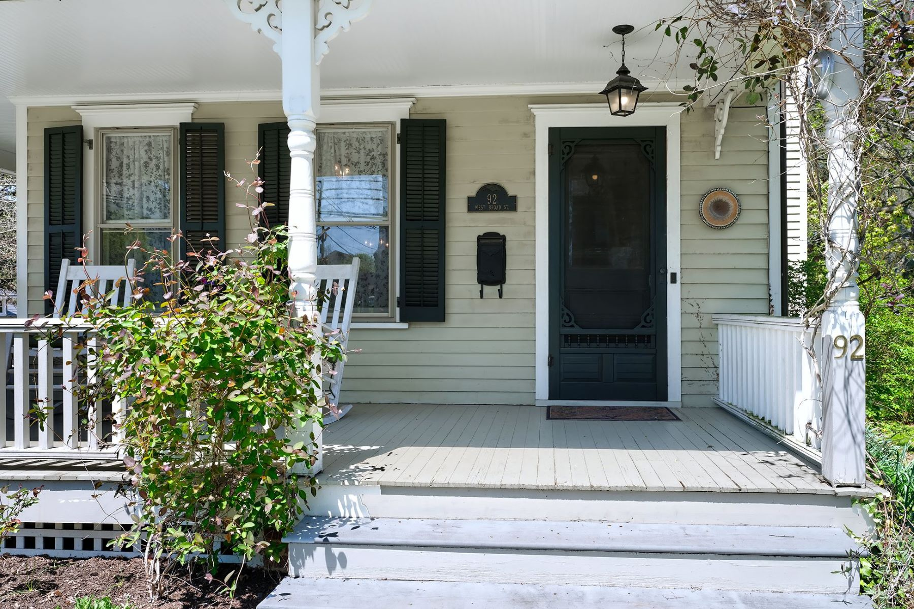 Additional photo for property listing at Charming Victorian 92 West Broad Street, Hopewell, New Jersey 08525 United States
