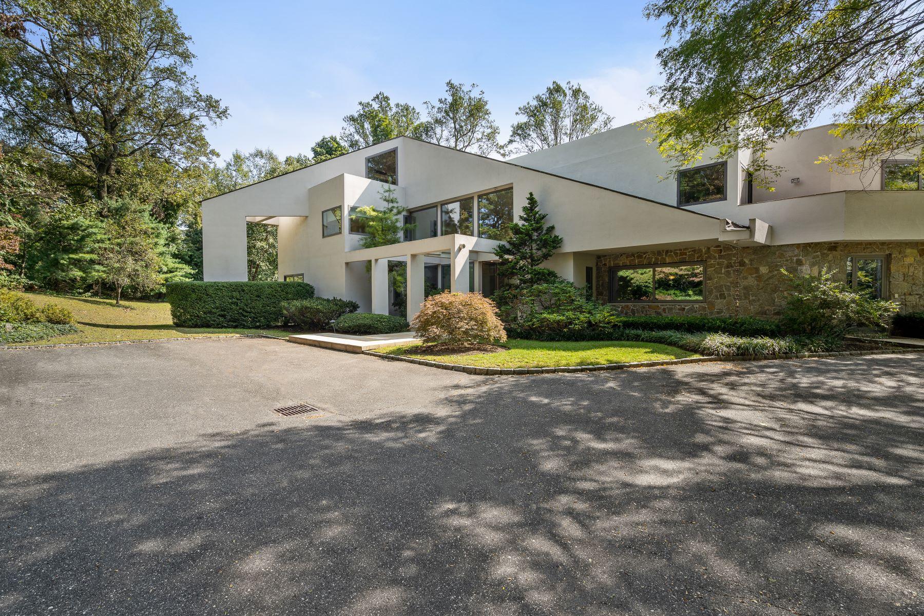 Single Family Homes 為 出售 在 13 Saddle Ridge Road, Old Westbury, NY 11568 Old Westbury, 纽约 11568 美國