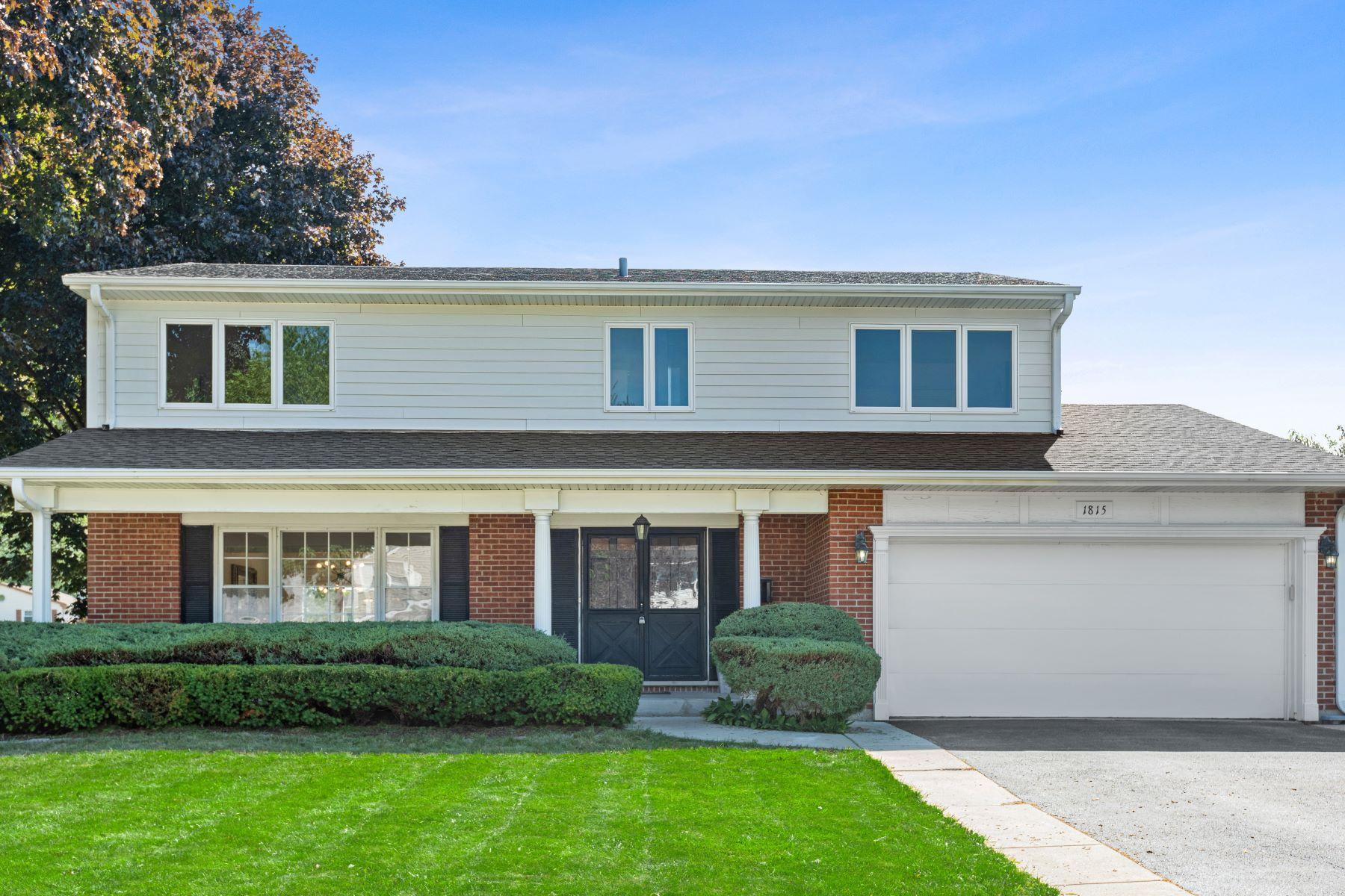 Single Family Homes para Venda às 1815 S Fernandez Avenue, Arlington Heights, IL 60005 Arlington Heights, Illinois 60005 Estados Unidos