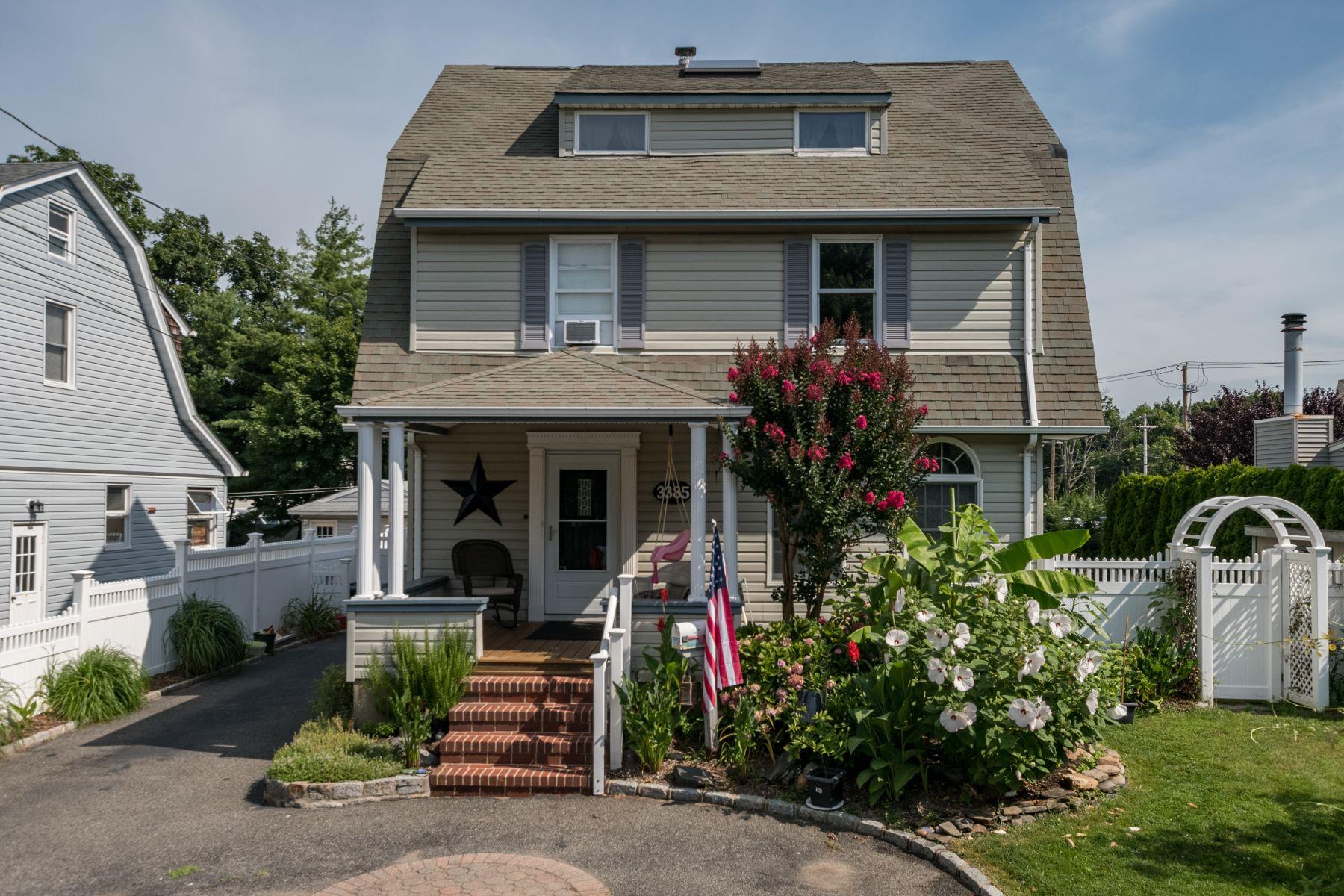 Single Family Homes 為 出售 在 3385 Woodward Avenue, Wantagh, Ny, 11793 Wantagh, 纽约 11793 美國