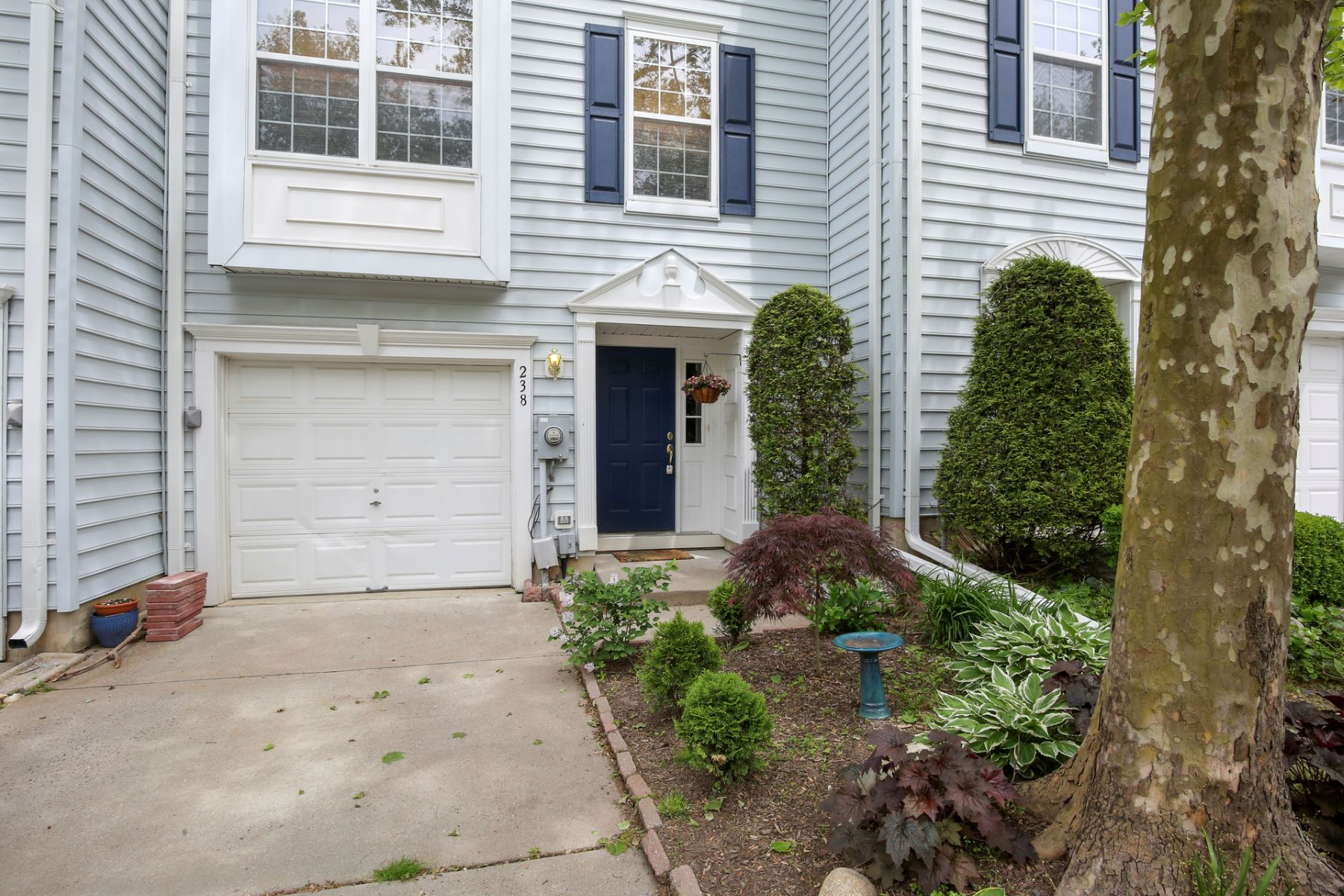 Easy Townhome With All the Perks of Princeton 238 William Livingston Court, Princeton, New Jersey 08540 États-Unis
