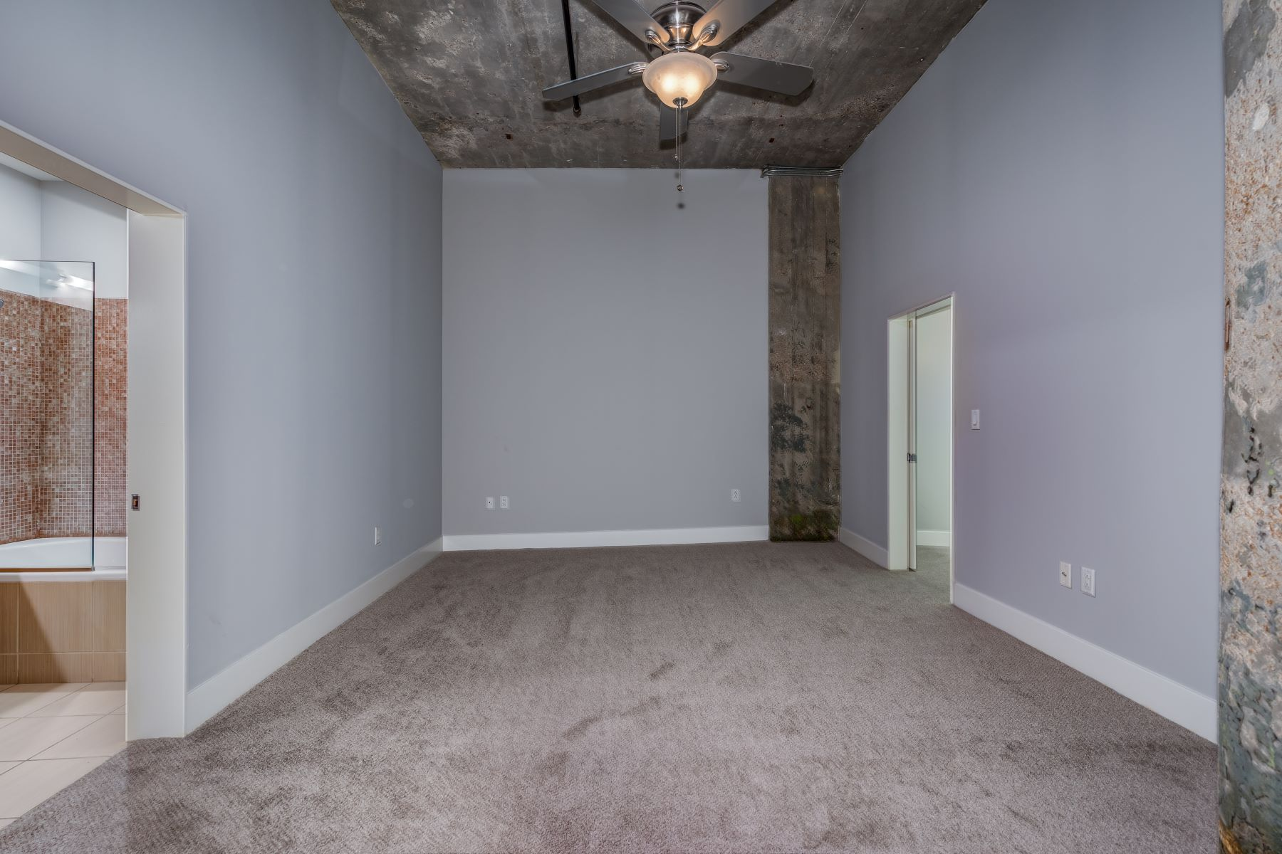 Additional photo for property listing at West End Lofts #320 4100 Forest Park #320 St. Louis, Missouri 63108 United States