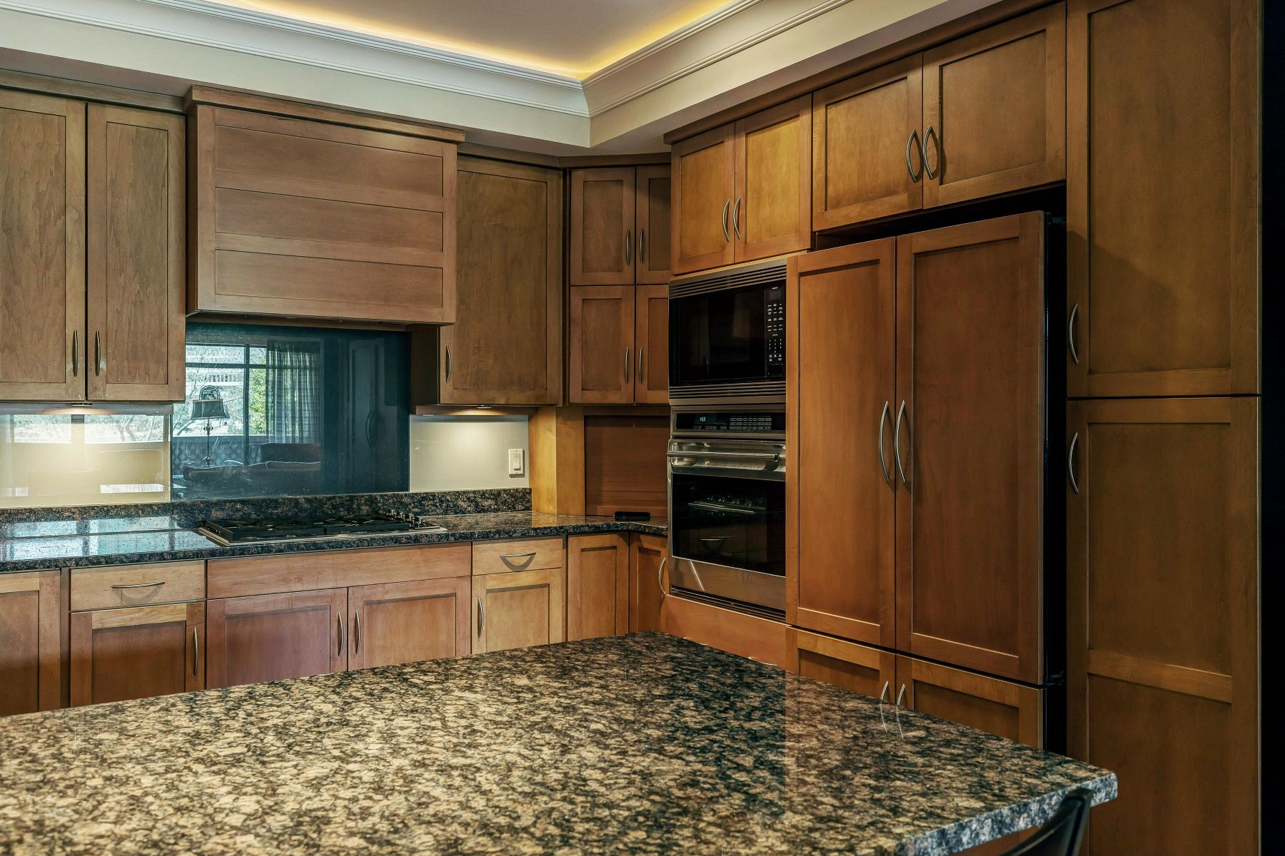 Additional photo for property listing at Clayton Park Place Condo 8251 Parkside Drive Unit 1C Clayton, Missouri 63105 United States