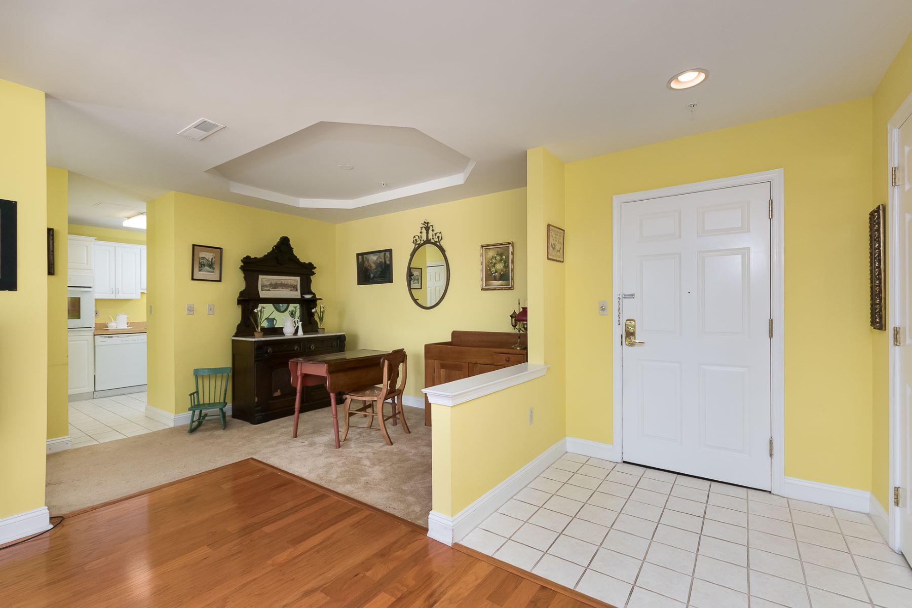 Additional photo for property listing at Natural Views & Joyful Colors Are A Delight! 2324 Windrow Drive, Princeton, New Jersey 08540 United States