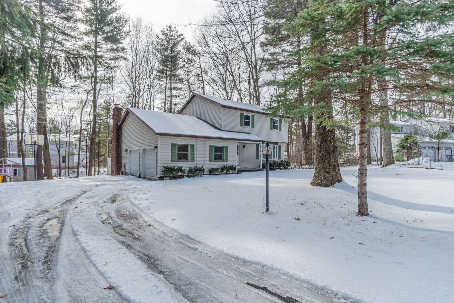 Single Family Homes 為 出售 在 61 Esopus Dr, Clifton Park, Ny, 12065 Clifton Park, 纽约 12065 美國