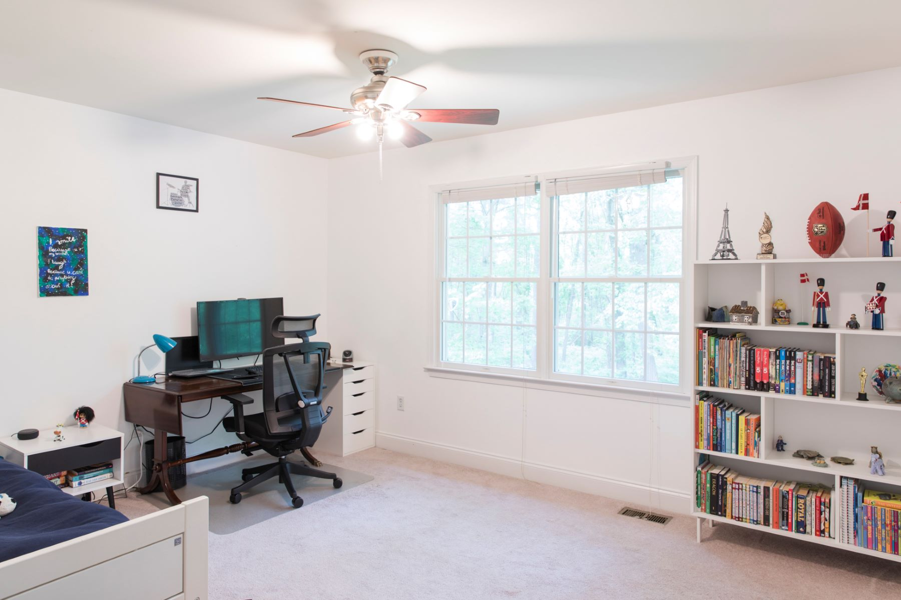 Additional photo for property listing at Absolute Parklike Perfection 27 Concord Lane, Skillman, New Jersey 08558 États-Unis