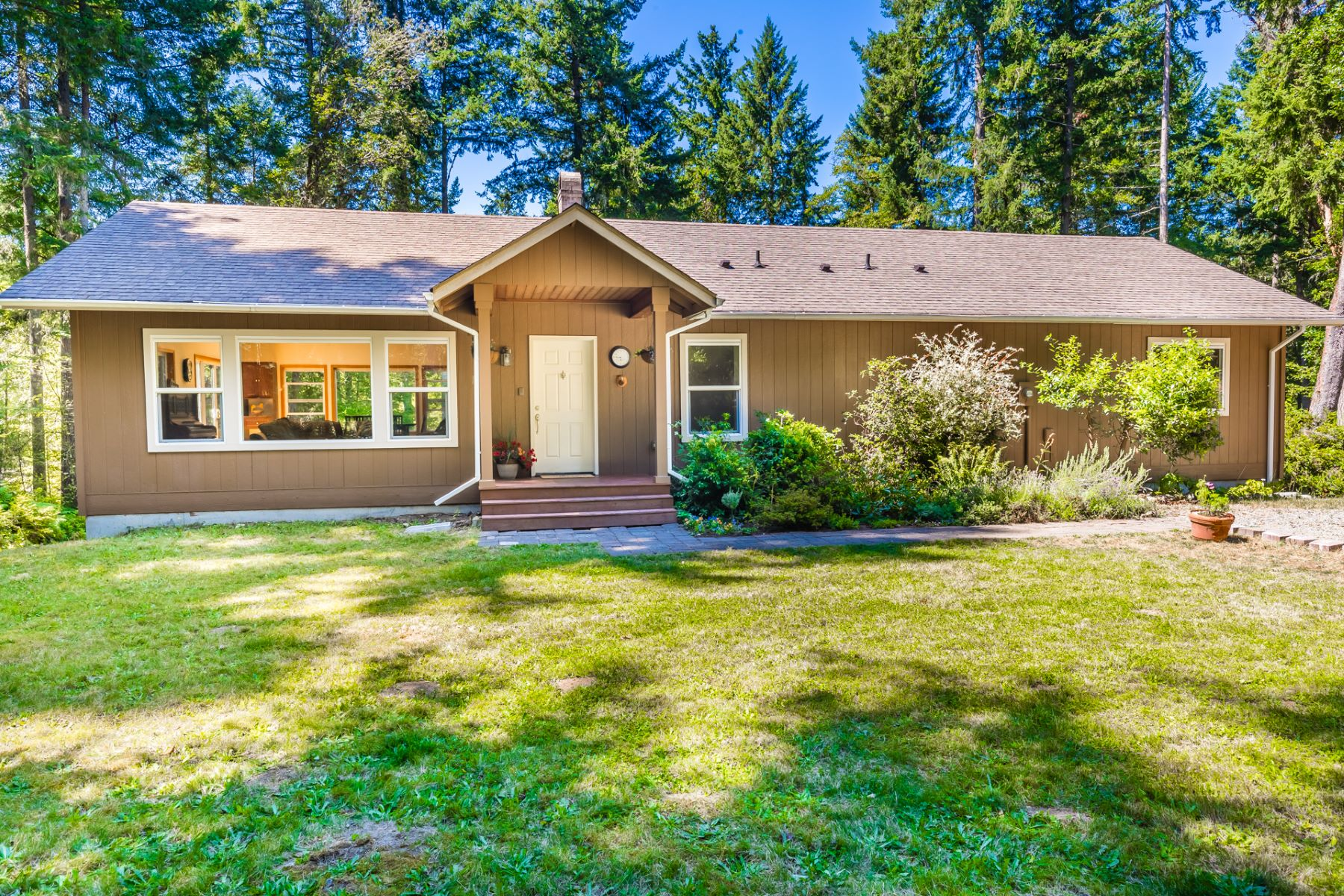 Single Family Homes por un Venta en 12245 SW 253rd St, Vashon, WA 98070 12245 SW 253rd St Vashon, Washington 98070 Estados Unidos