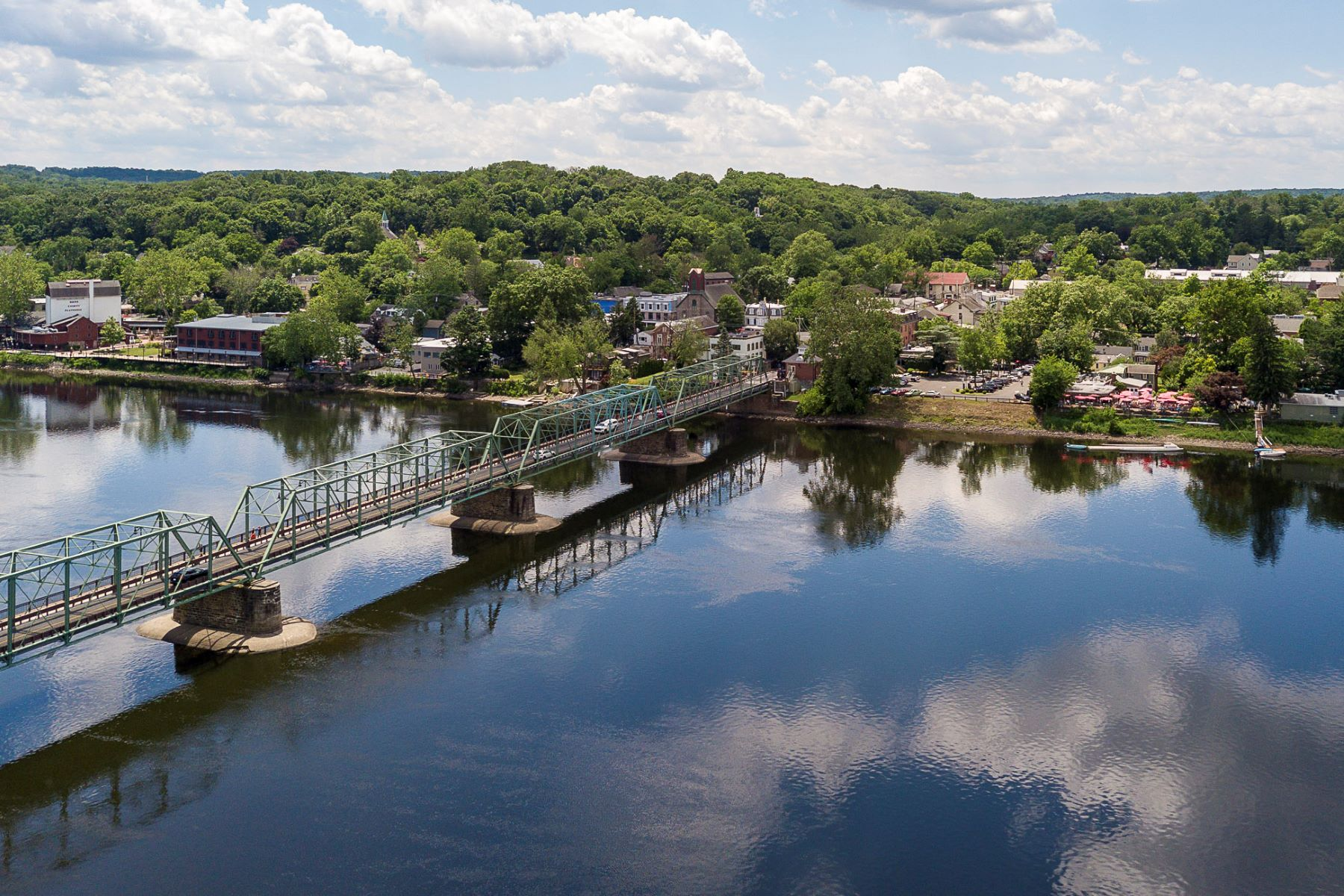 Additional photo for property listing at Spectacular Views From This Awe-Inspiring Home 23 Lambert Lane, Lambertville, New Jersey 08530 United States