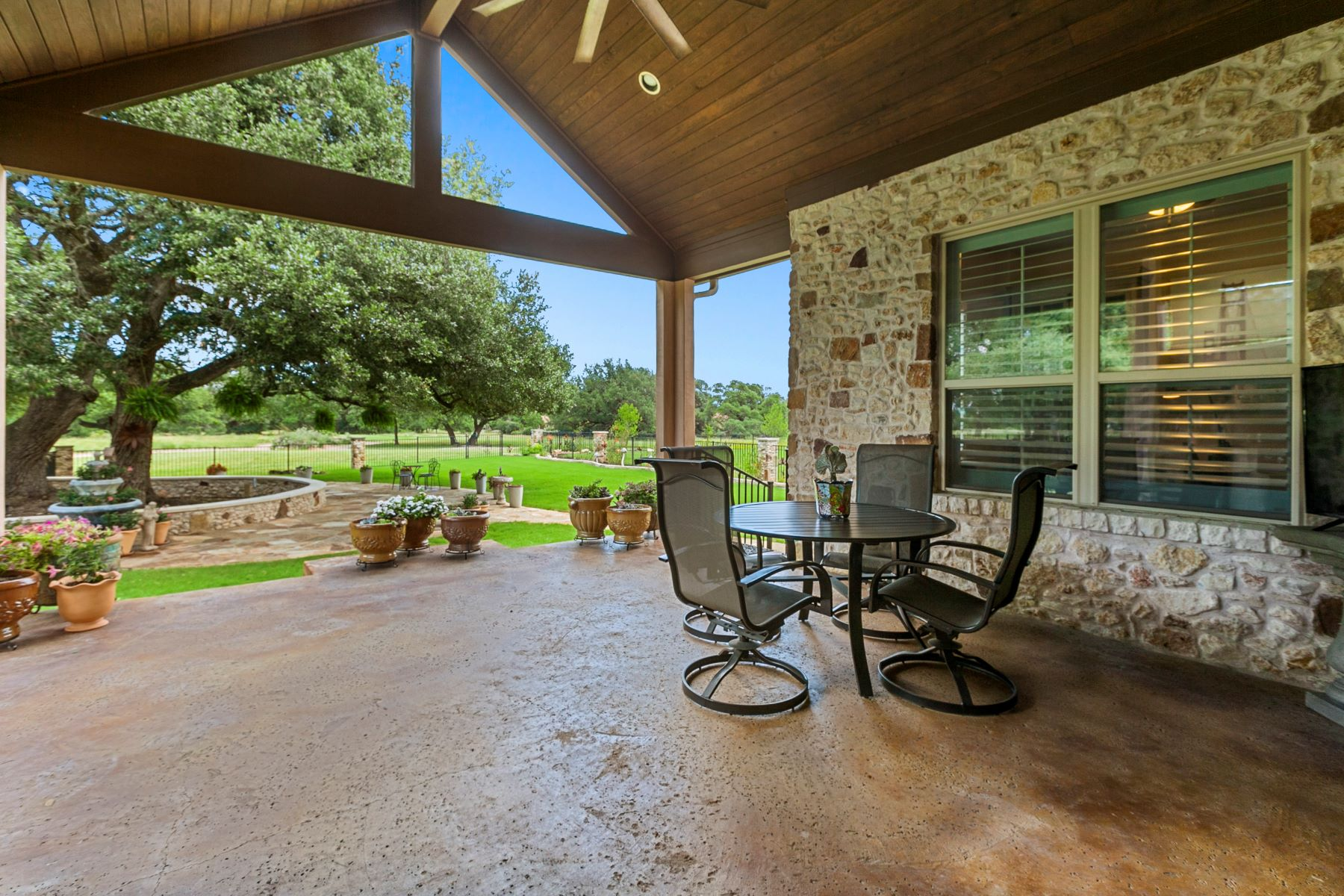 Additional photo for property listing at 317 Grand Oaks Lane, Georgetown, TX 78628  Georgetown, 텍사스 78628 미국