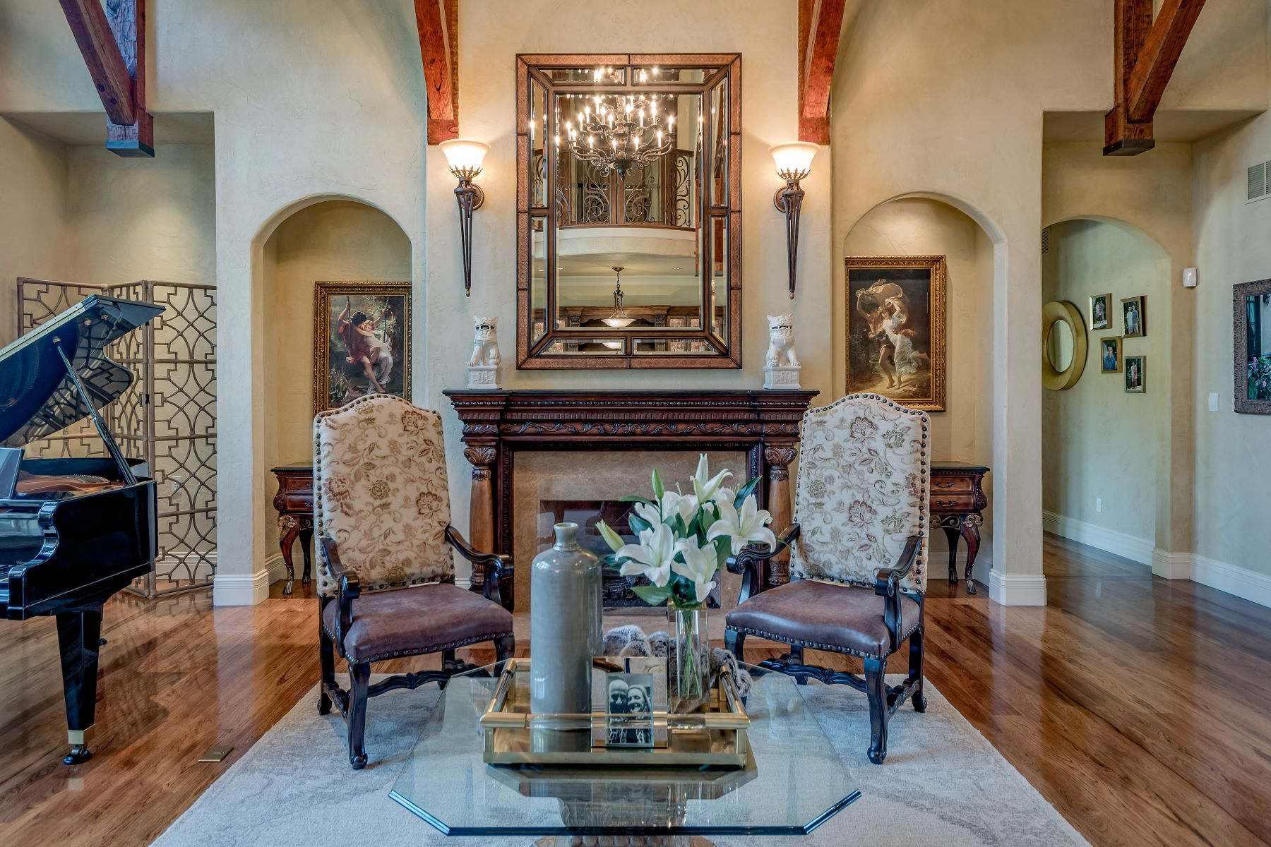 Additional photo for property listing at Tuscan Estate in Ladue  Ladue, Missouri 63124 United States
