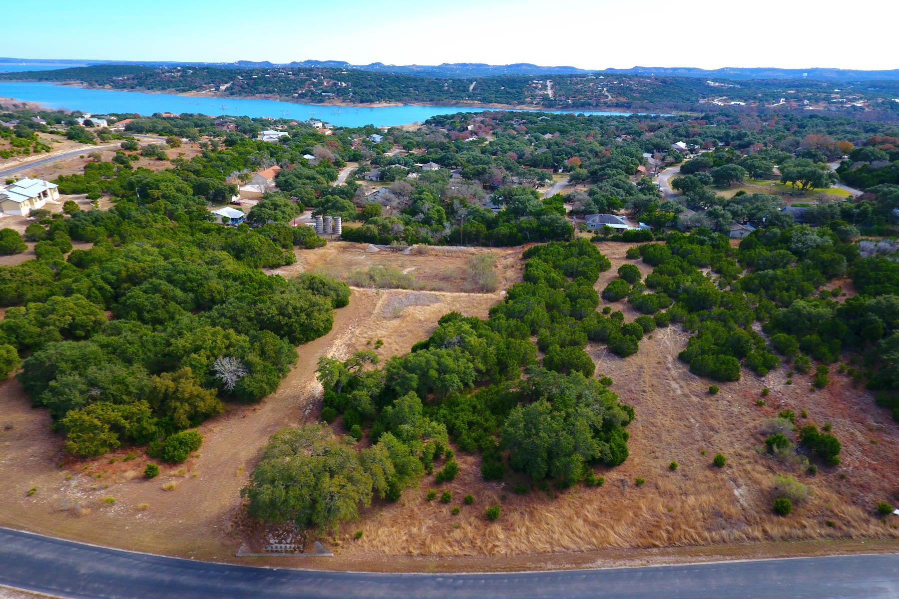 Terreno por un Venta en Perfect Lot to Build a Dream Home 1334 Ensenada Dr Canyon Lake, Texas 78133 Estados Unidos
