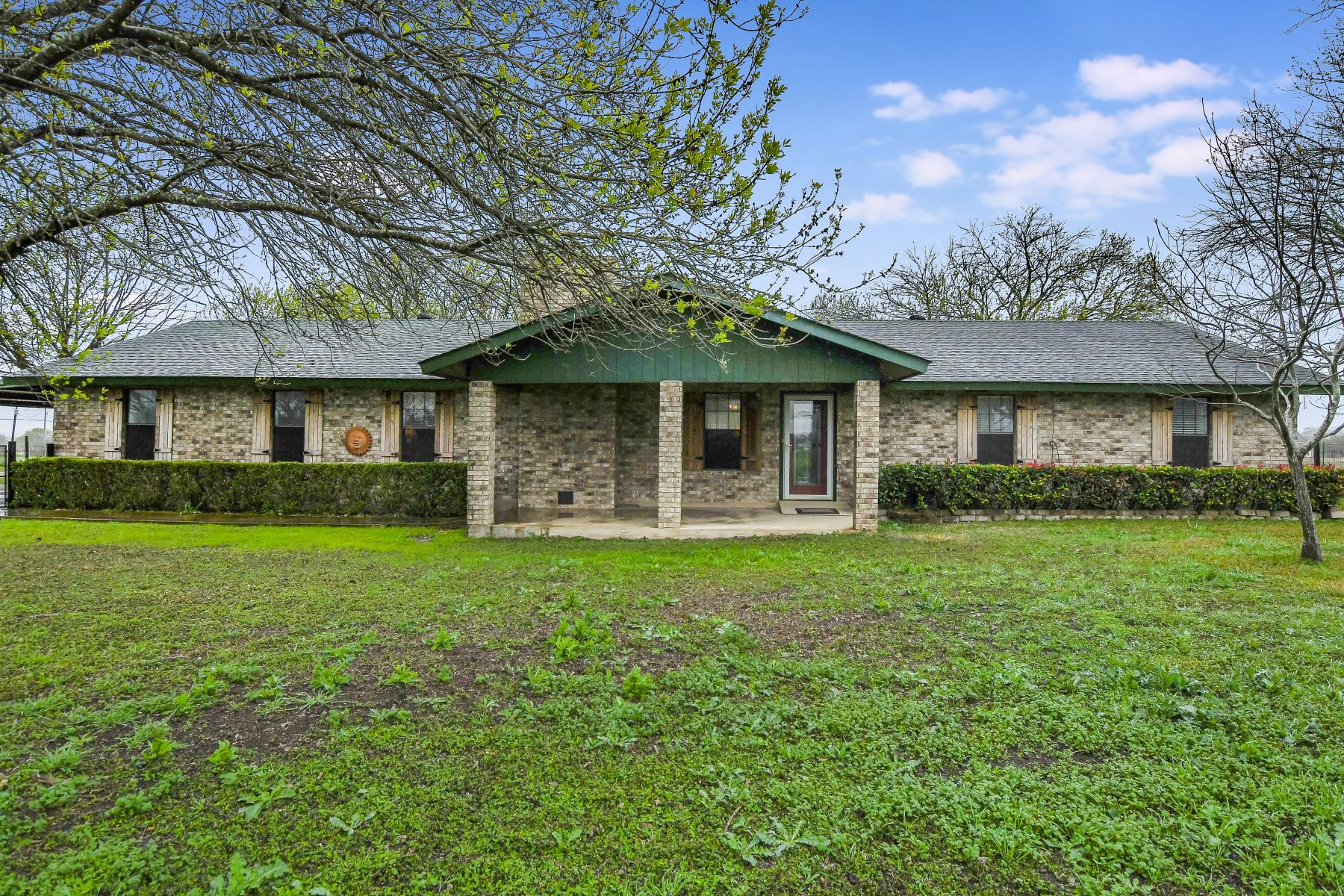 Single Family Homes for Sale at Rare Find On 3.5 Acres in New Braunfels 417 West Klein Road New Braunfels, Texas 78130 United States