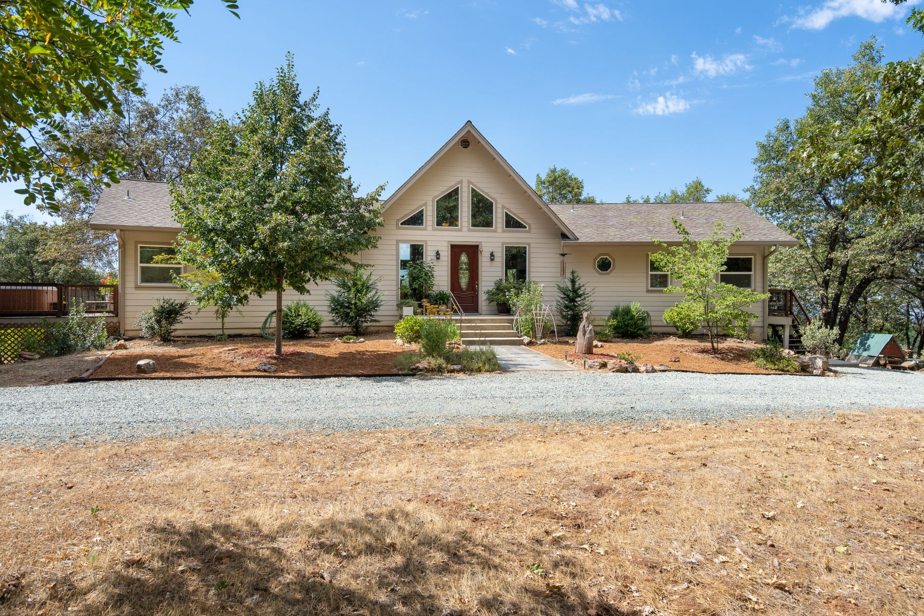 Single Family Homes for Active at 20500 Fiddletown Road, Fiddletown, CA 95629 20500 Ponderosa Way Fiddletown, California 95629 United States