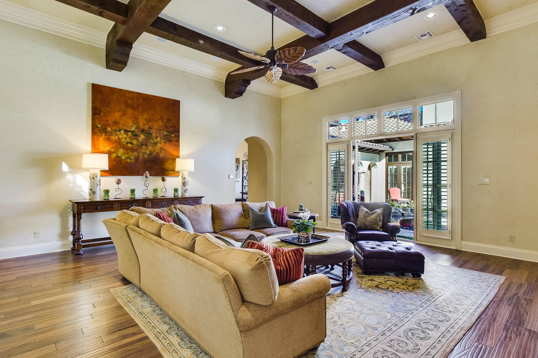 Additional photo for property listing at Timeless Style and Sophisticated Grandeur 512 Terrell Road San Antonio, Texas 78209 United States