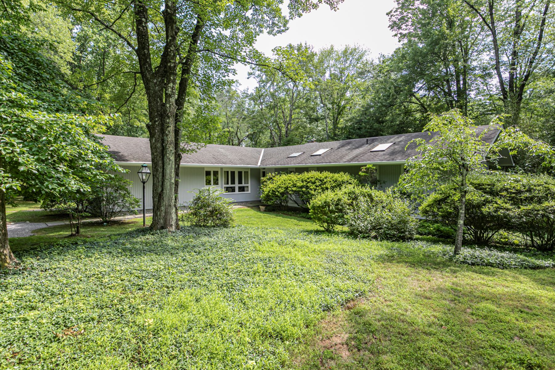 Property for Sale at Paradise on Princeton Ridge 292 Ridgeview Road, Princeton, New Jersey 08540 United States