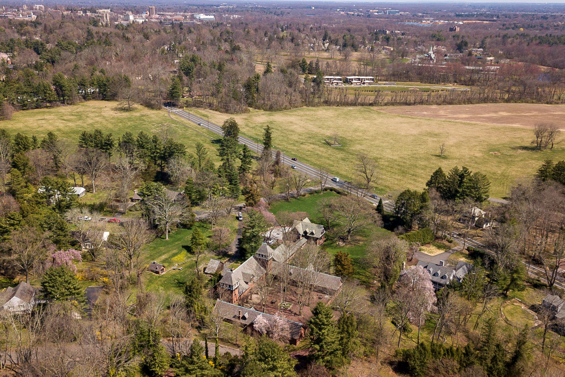 Additional photo for property listing at The Air of a  European Estate One Hour from NYC 176 Parkside Drive, Princeton, New Jersey 08540 United States