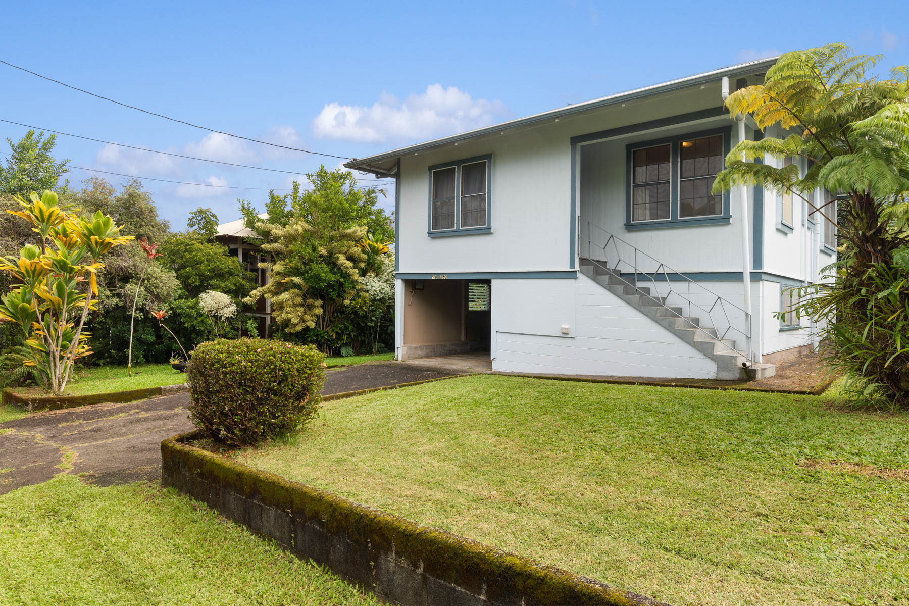 Single Family Homes for Sale at 28-253 Stable Camp Road, Honomu, HI 96728 28-253 Stable Camp Road Honomu, Hawaii 96728 United States