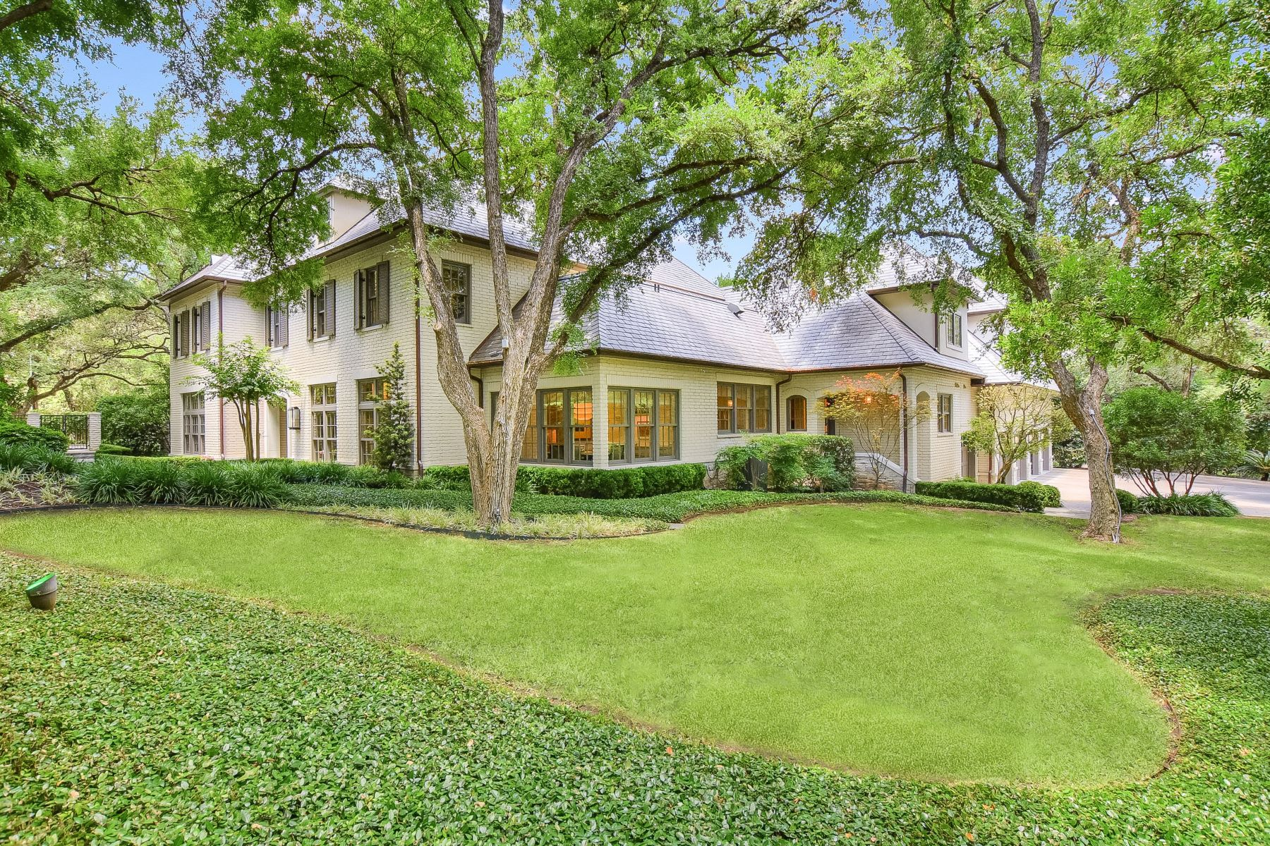 Single Family Homes for Active at Olmos Park Estate 777 East Olmos Drive San Antonio, Texas 78212 United States