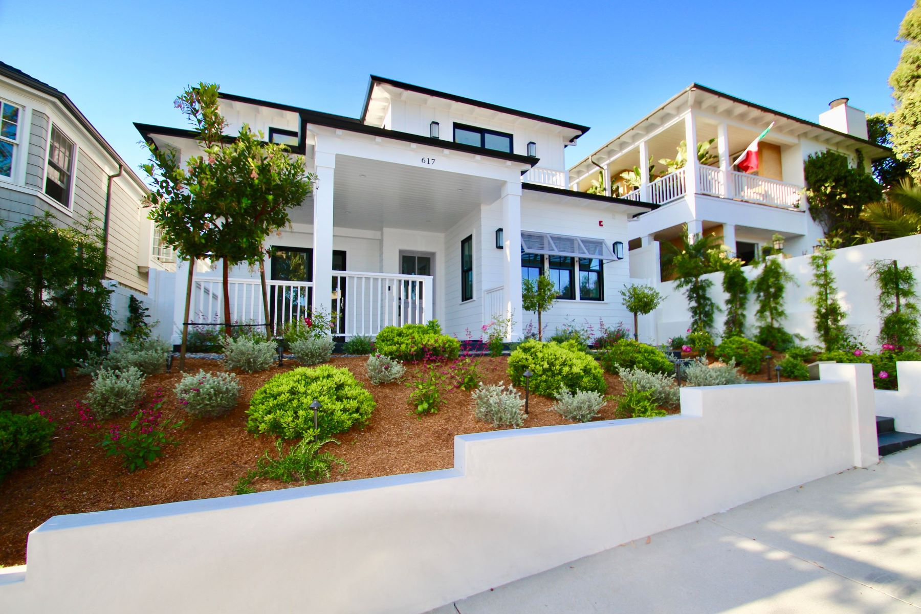 Single Family Homes for Active at 617 31st Street, Manhattan Beach, CA 90266 617 31st Street Manhattan Beach, California 90266 United States