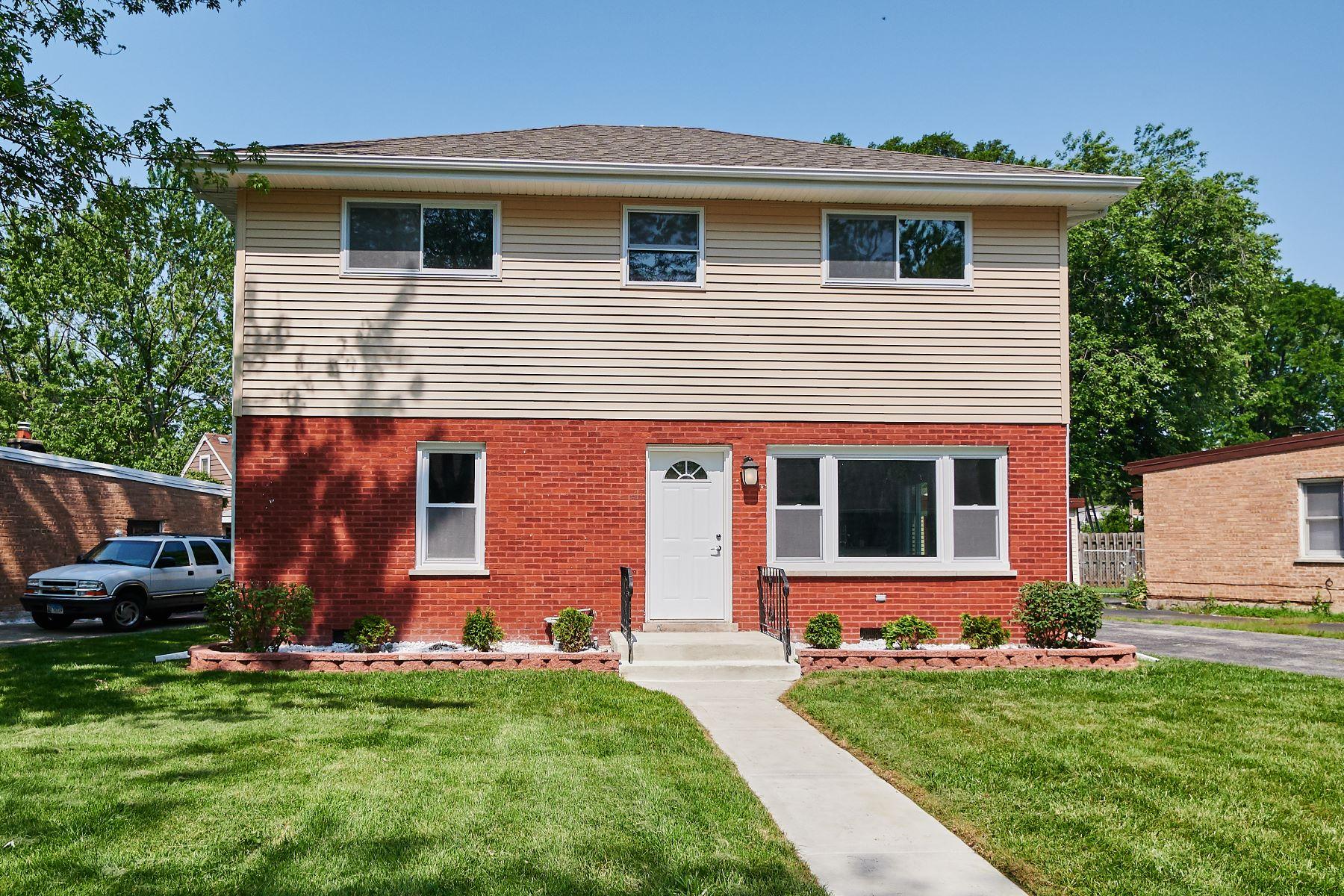 Single Family Homes 용 매매 에 Stunning Evanston Home 11600 S Lee Road, Alsip, 일리노이즈 60803 미국