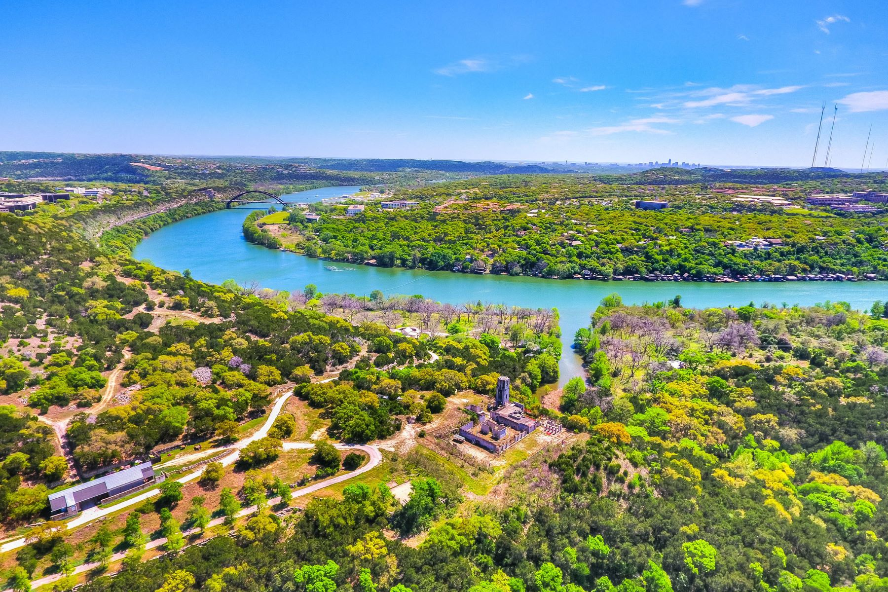 Ferme / Ranch / Plantation pour l Vente à Lake Austin Ranch 7400 Coldwater Canyon, Austin, Texas, 78730 États-Unis