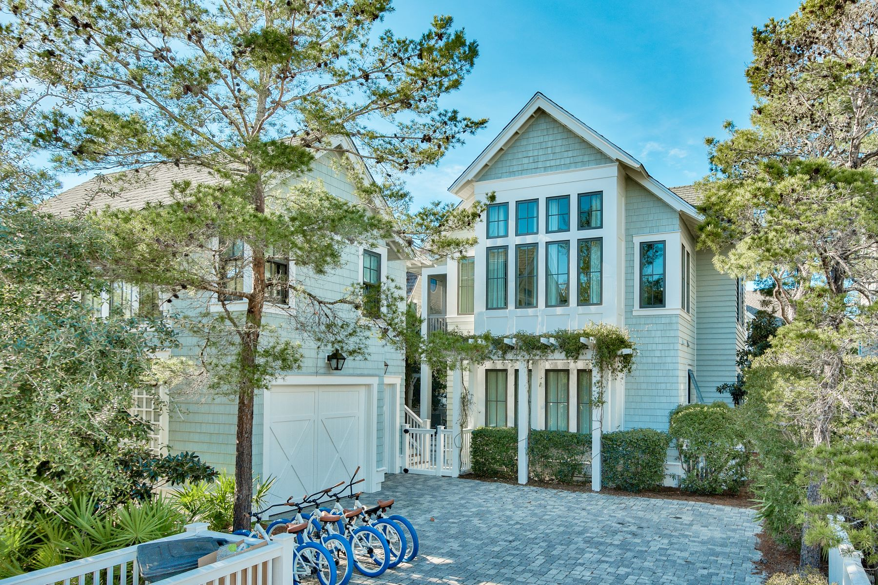 single family homes for Active at WaterSound Beach Home with Generous Entertainment Space 25 North Founders Lane Watersound, Florida 32461 United States