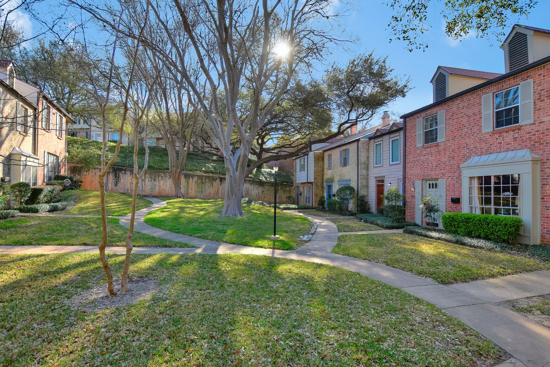 Townhouse for Sale at Beautiful and Tastefully Updated Northwest Hills Townhome 6603 Valleyside Road Austin, Texas 78731 United States
