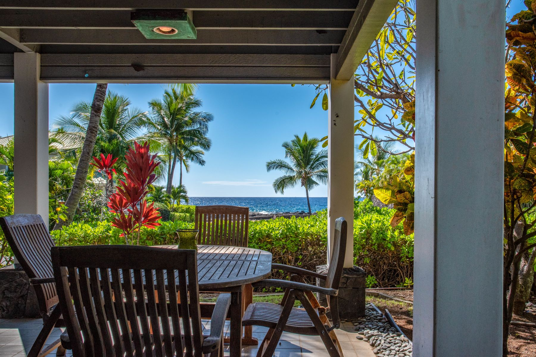 Single Family Homes for Sale at KONA BAY ESTATES: TWO LEGAL HOMES 75-5491 Kona Bay Drive Kailua-Kona, Hawaii 96740 United States