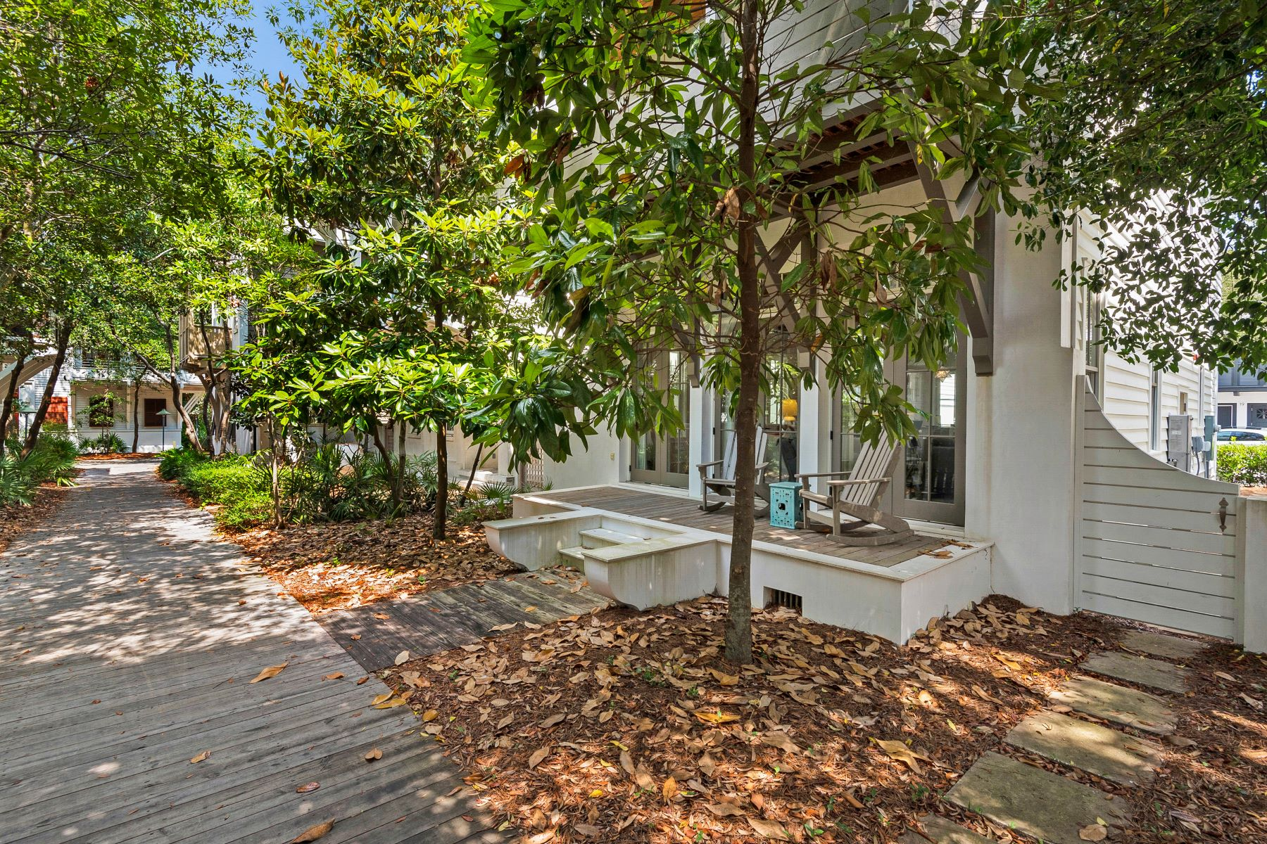 Single Family Homes 為 出售 在 Turn-key Home on Rosemary Beach Boardwalk 16 Trimingham Lane, Rosemary Beach, 佛羅里達州 32461 美國