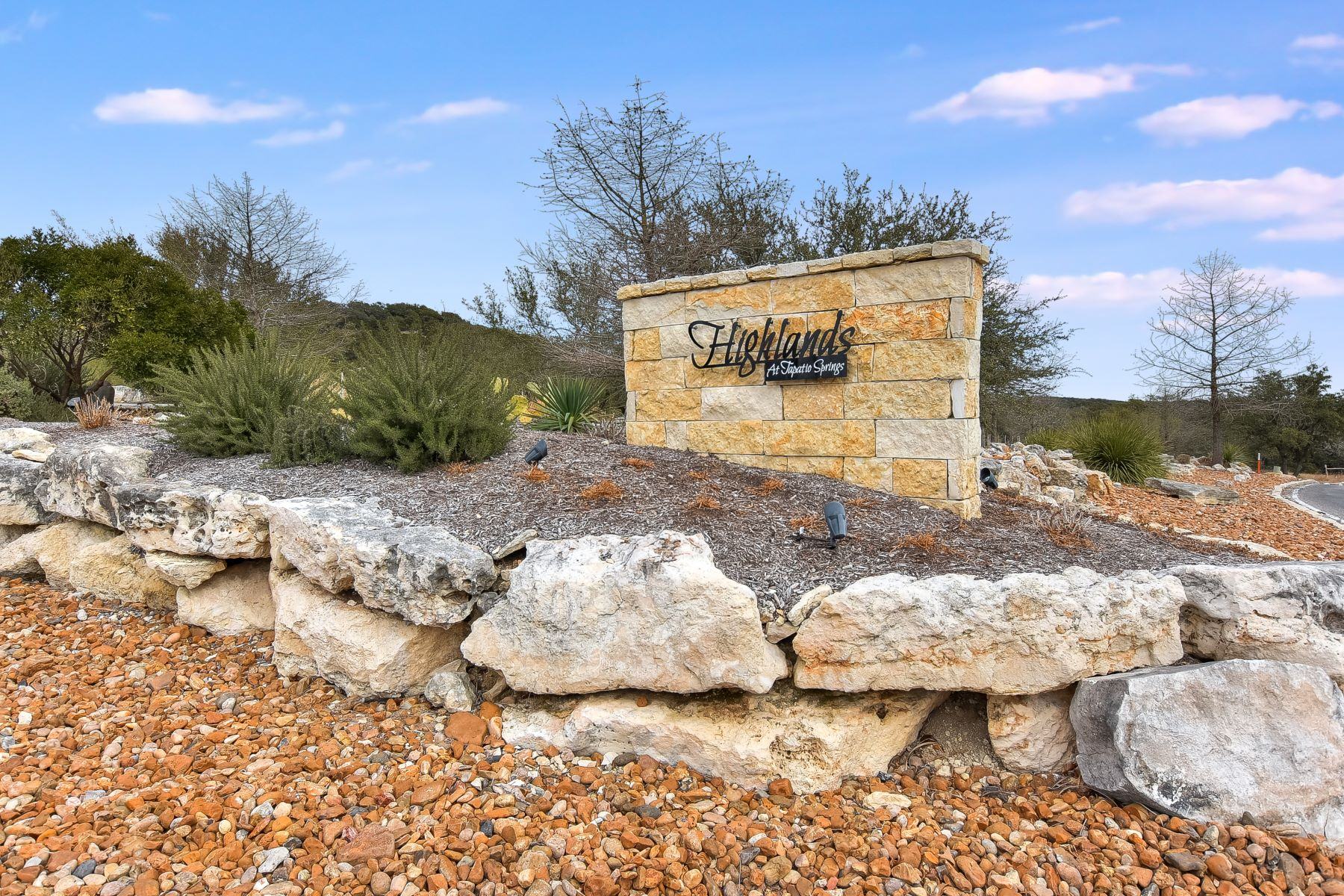 Additional photo for property listing at Home in Gated Community 425 Preston Trail Boerne, Texas 78006 United States