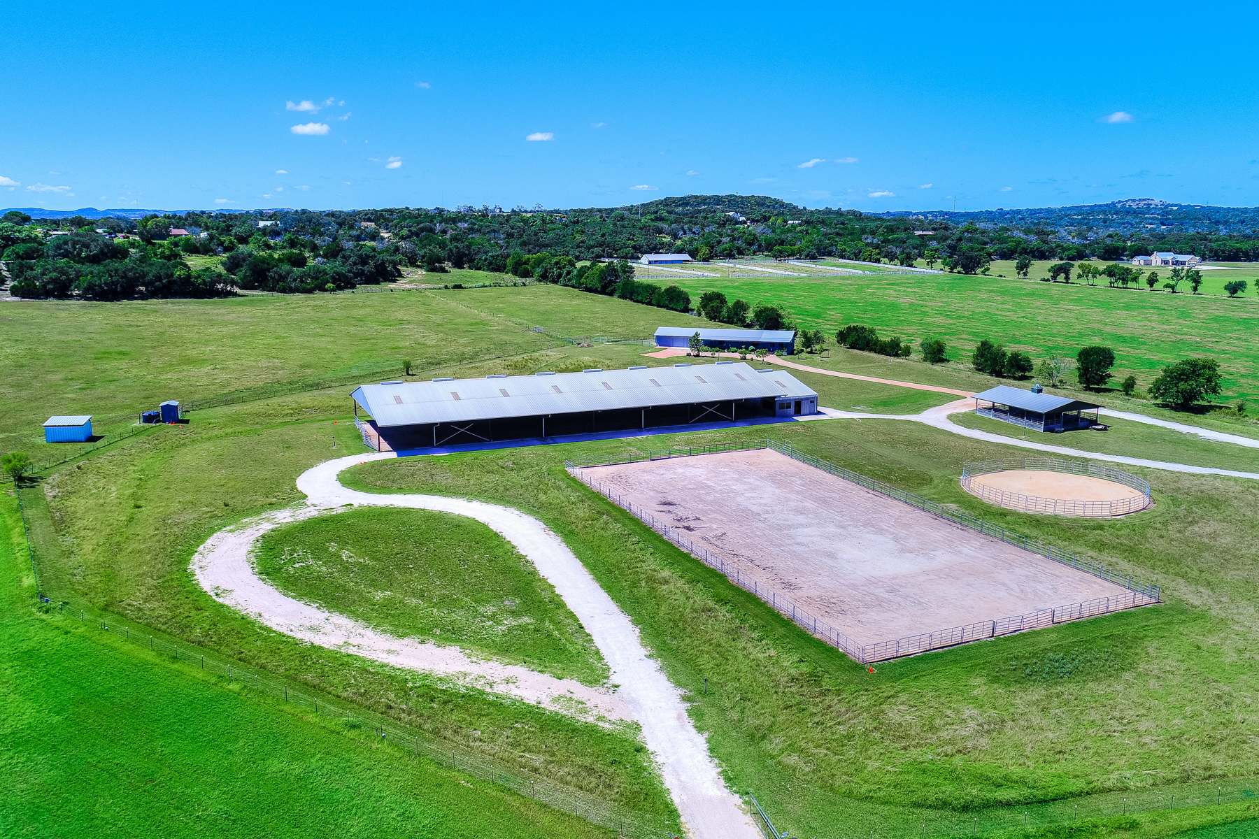 Additional photo for property listing at 44 Acre Equestrian Ranch in Waring 30 Bennitt Rd Boerne, Texas 78006 United States