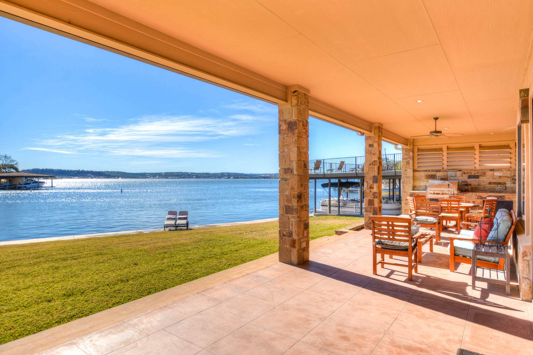 Additional photo for property listing at Wilderness Cove on Lake LBJ is a Hidden Treasure 319 W Wilderness Cv Marble Falls, Texas 78654 United States