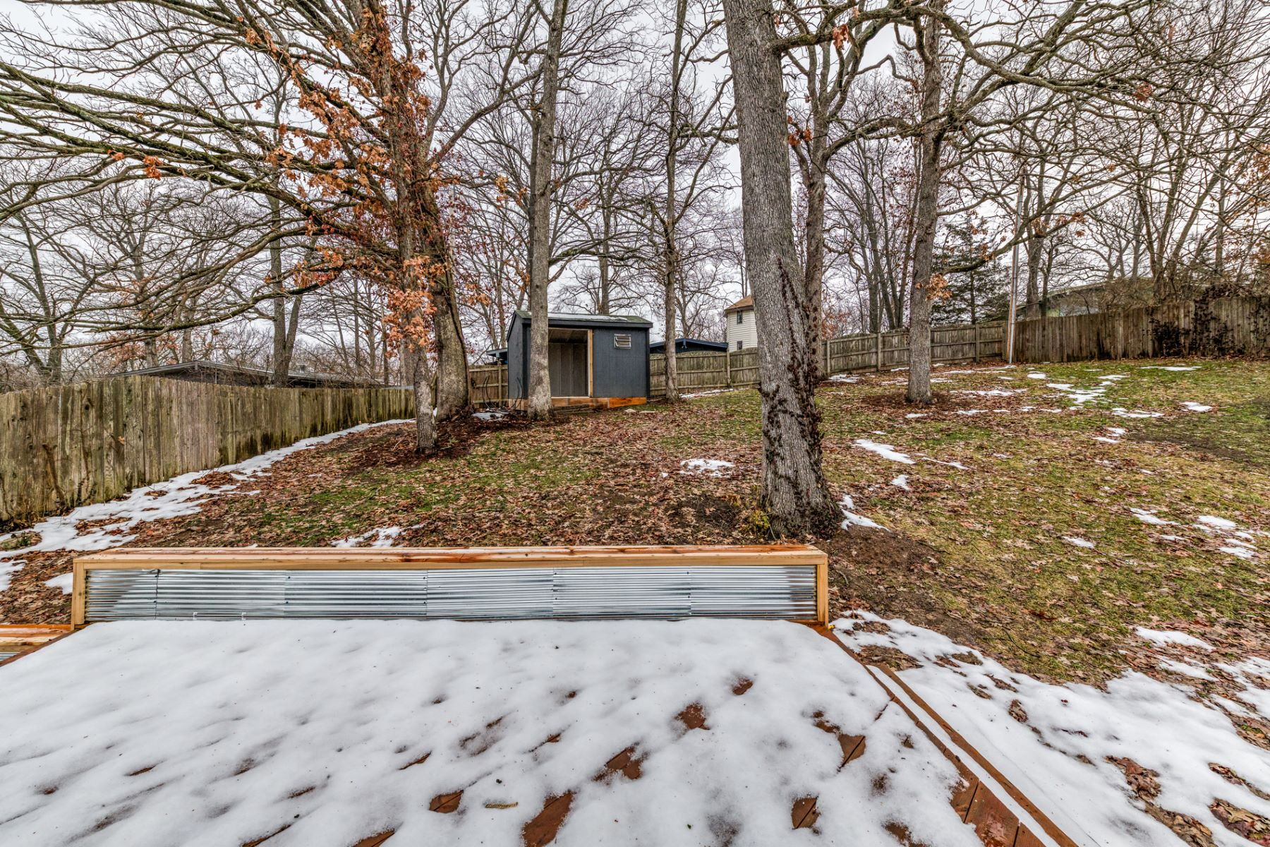 Additional photo for property listing at Renovated MCM Contemporary Home 1217 Dubois Ct St. Louis, Missouri 63122 United States