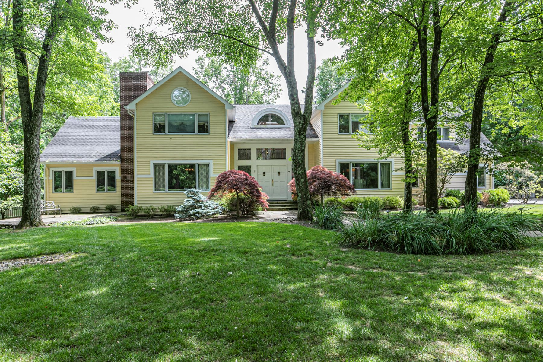 Single Family Homes for Sale at A Backyard Worthy of the Finest Resorts 7 Benedek Road, Princeton, New Jersey 08540 United States