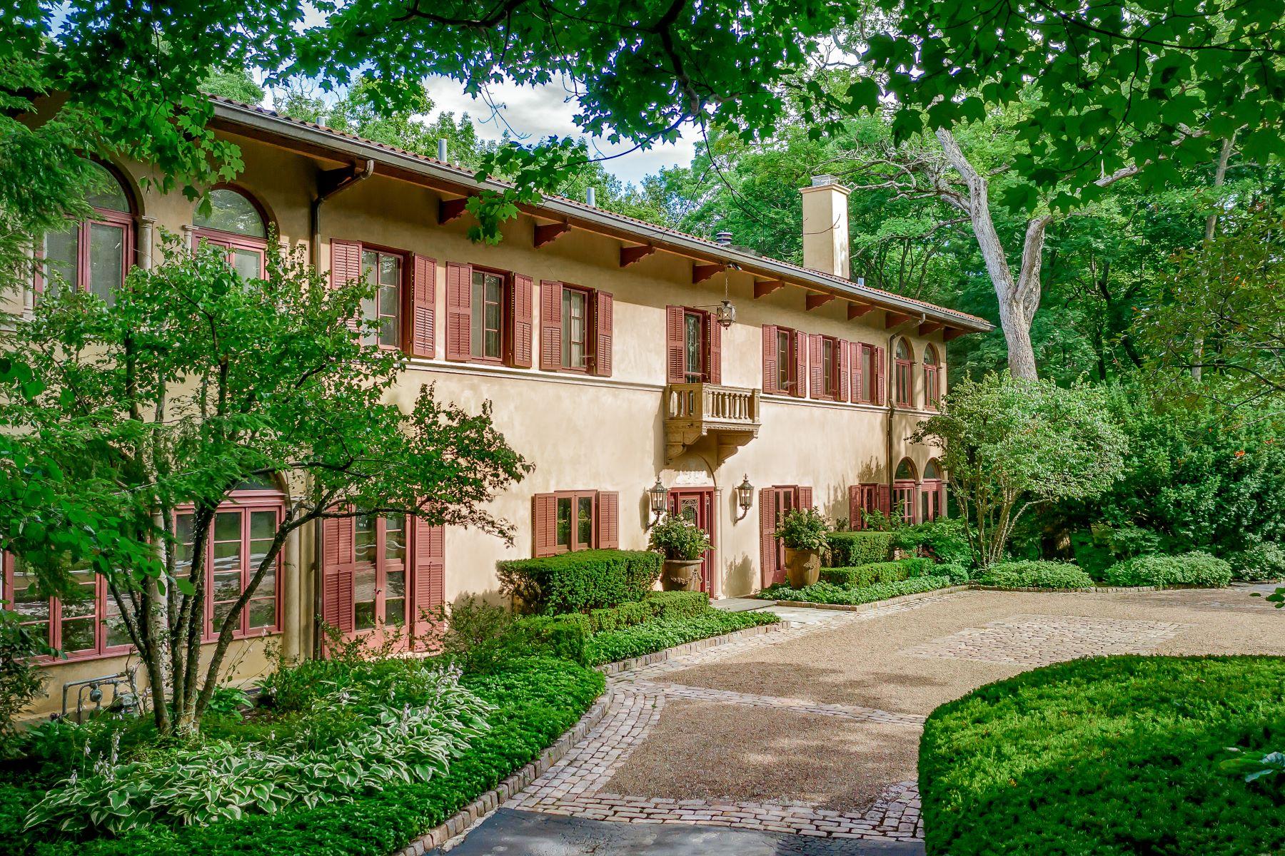 Single Family Homes para Venda às Enchanting Villa 1000 E Illinois Road, Lake Forest, Illinois 60045 Estados Unidos