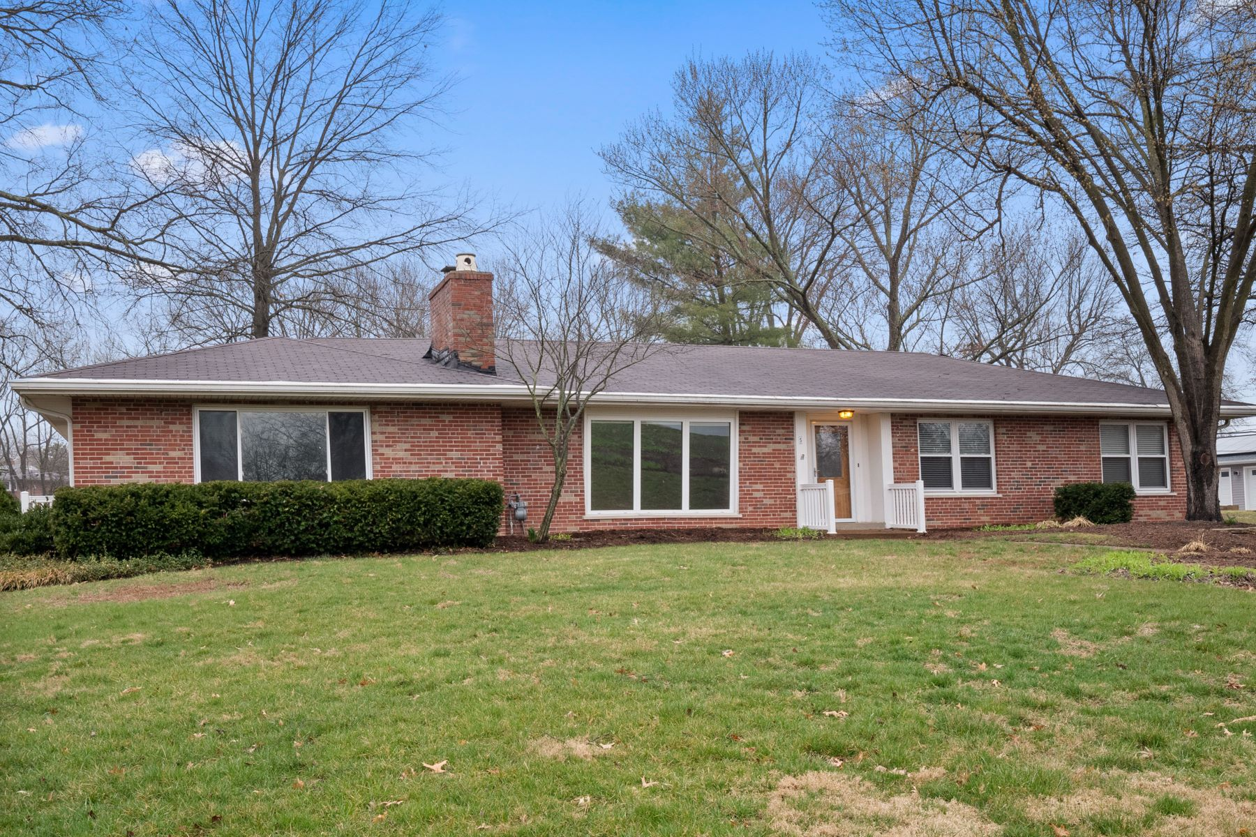 Single Family Homes for Sale at Ranch Brick Home in Desirable Lindbergh School District 5 Meppen Court Sunset Hills, Missouri 63128 United States