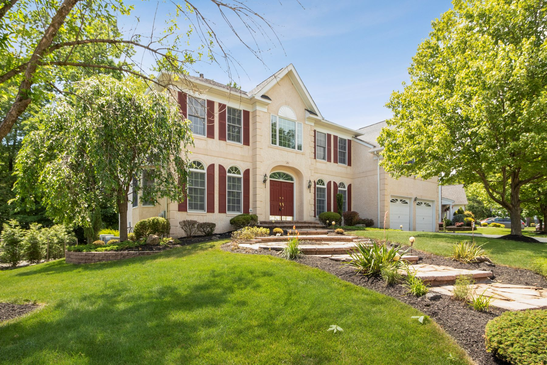 Single Family Homes for Sale at Northeast-Facing 4/5 Bedroom in The Preserve 25 Rocky Hill Road, Princeton, New Jersey 08540 United States