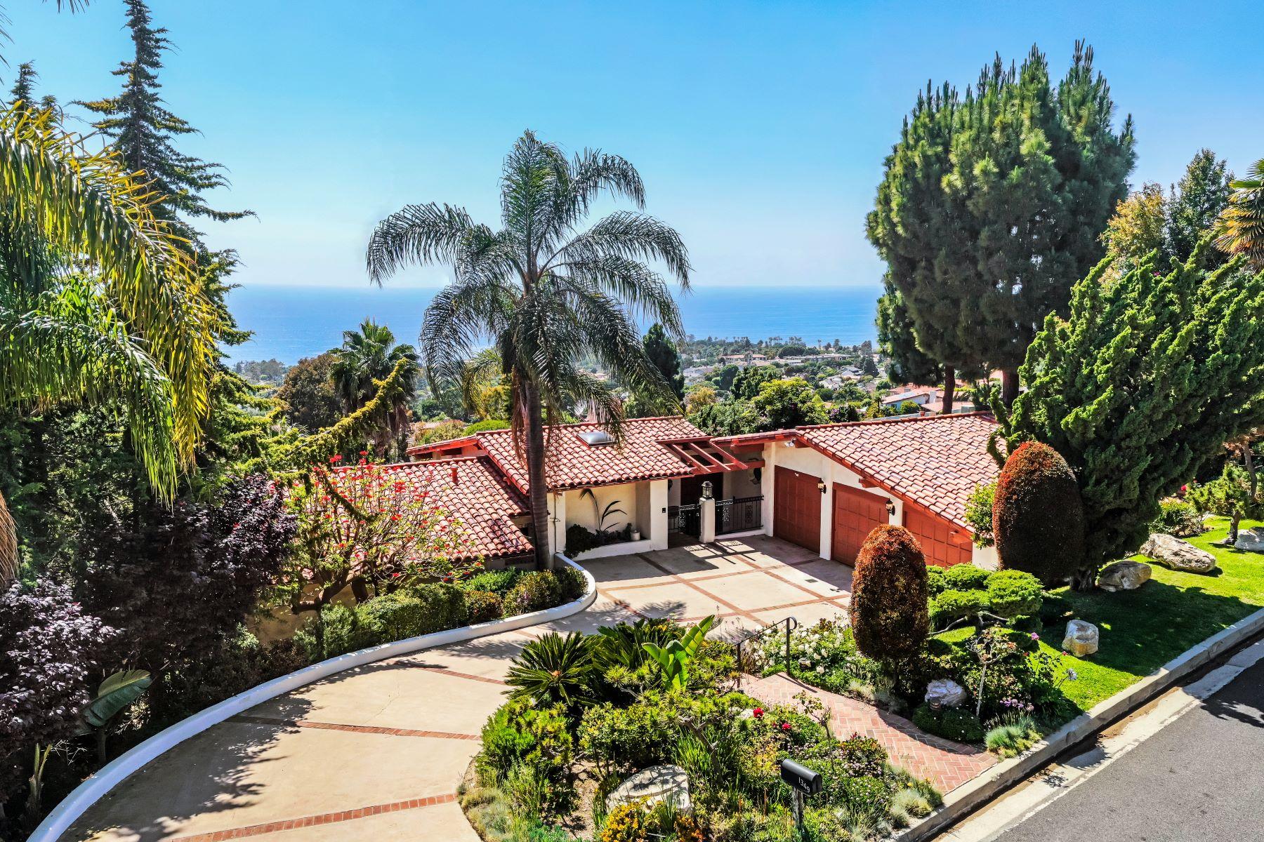 Single Family Homes for Sale at 1349 Vía Zumaya, Palos Verdes Estates, CA 90274 1349 Vía Zumaya Palos Verdes Estates, California 90274 United States