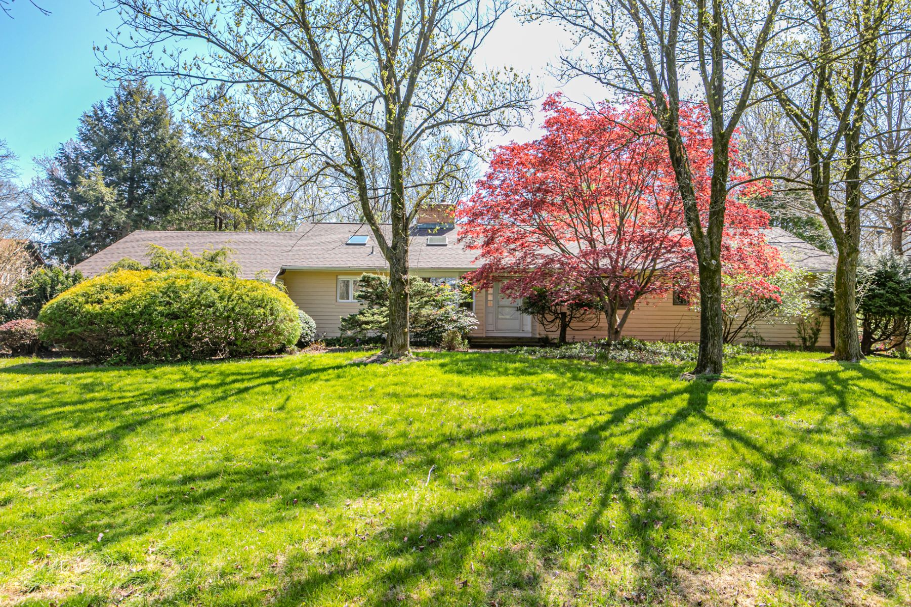Single Family Homes for Sale at Embrace The Calming Surrounds Of This Mid-Century Jewel 75 Cherry Brook Drive, Princeton, New Jersey 08540 United States