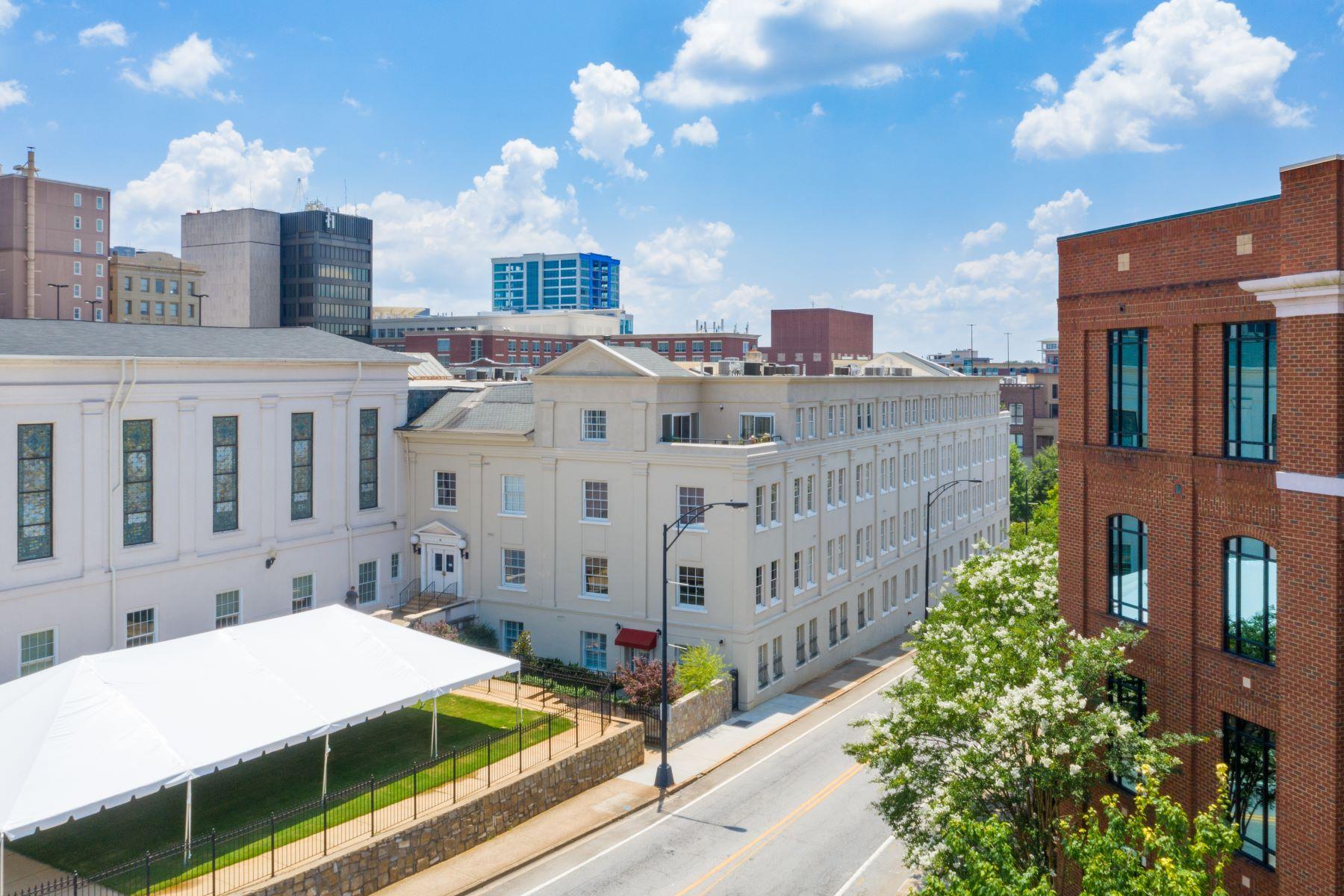 Condominiums por un Venta en 100 West Court Street, Greenville, SC 29601 100 West Court Street, UNIT 1F, Greenville, Carolina del Sur 29601 Estados Unidos