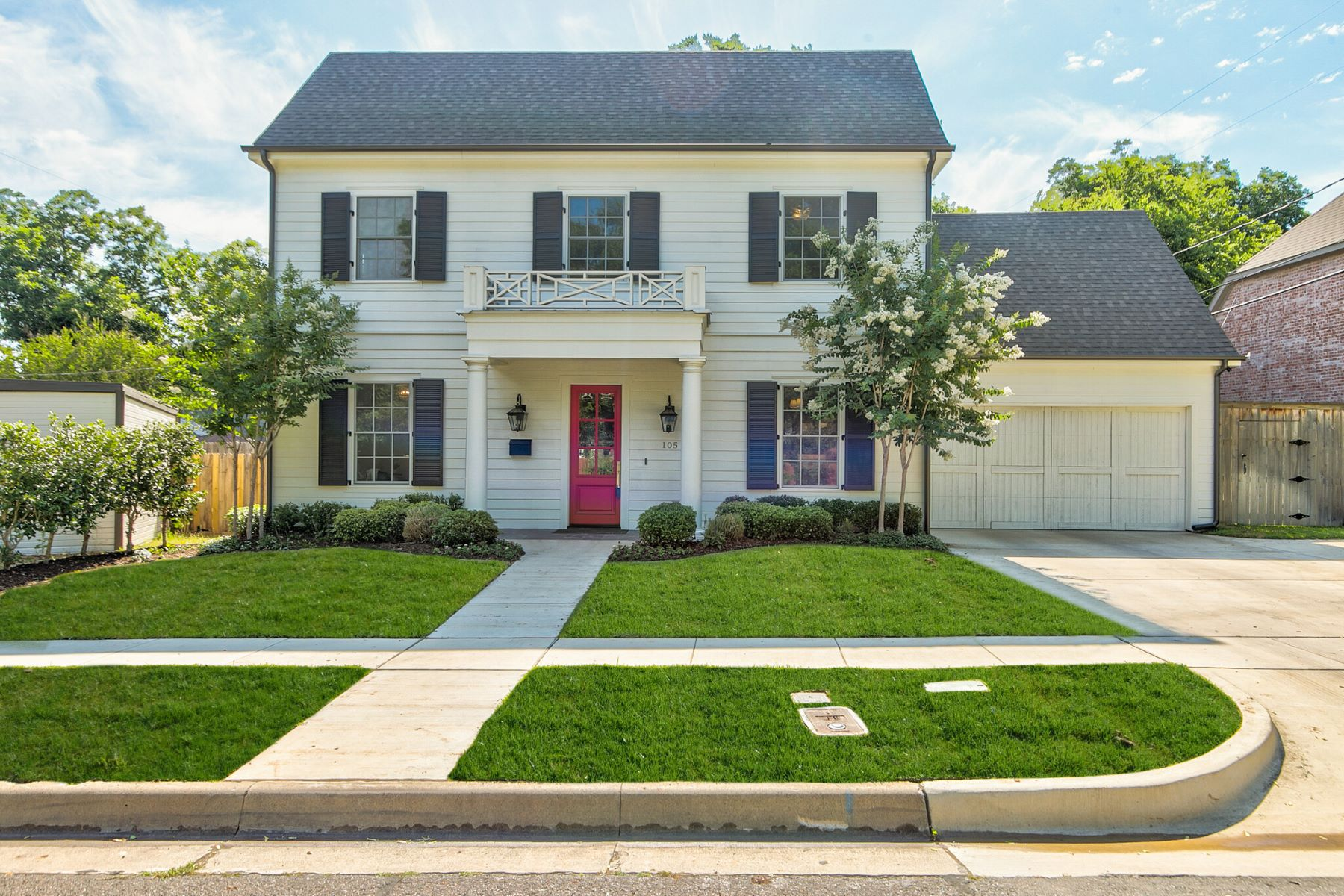 Single Family Homes for Sale at Monticello Colonial 105 Linden Lane Fort Worth, Texas 76107 United States