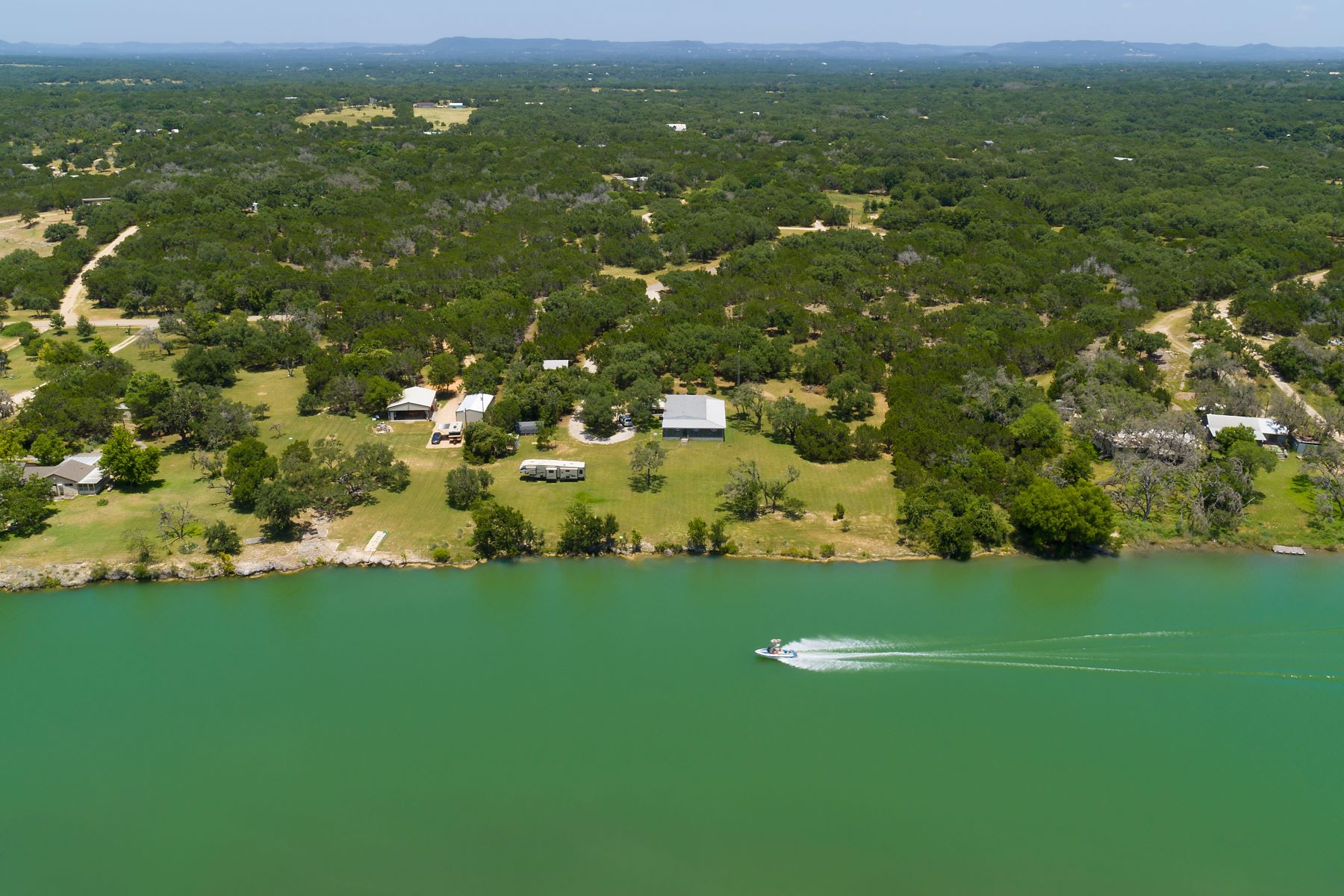 Single Family Homes for Active at Unrestricted River Front Property 1647 Rio Ranchero Pipe Creek, Texas 78063 United States