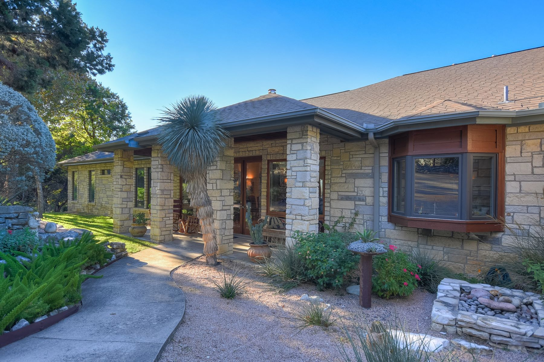 Single Family Home for Sale at Gated Community with Unobstructed Canyon Views 4326 Palladio Drive Austin, Texas 78731 United States