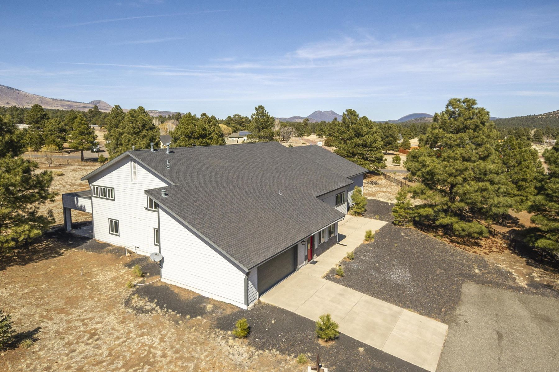Single Family Homes 용 매매 에 Doney Park Area 8225 N Colt DR, Flagstaff, 아리조나 86004 미국