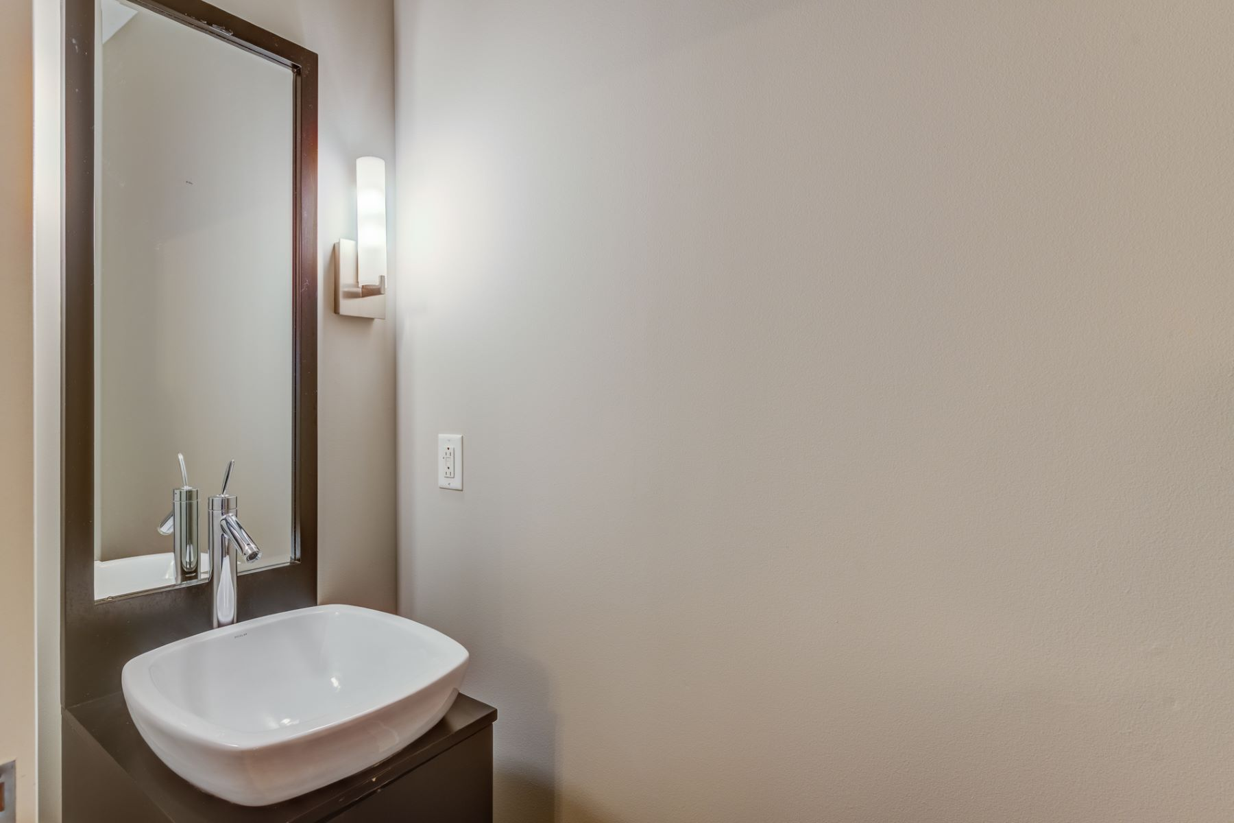 Additional photo for property listing at 4100 Forest Park Ave # 122 St. Louis, Missouri 63108 United States