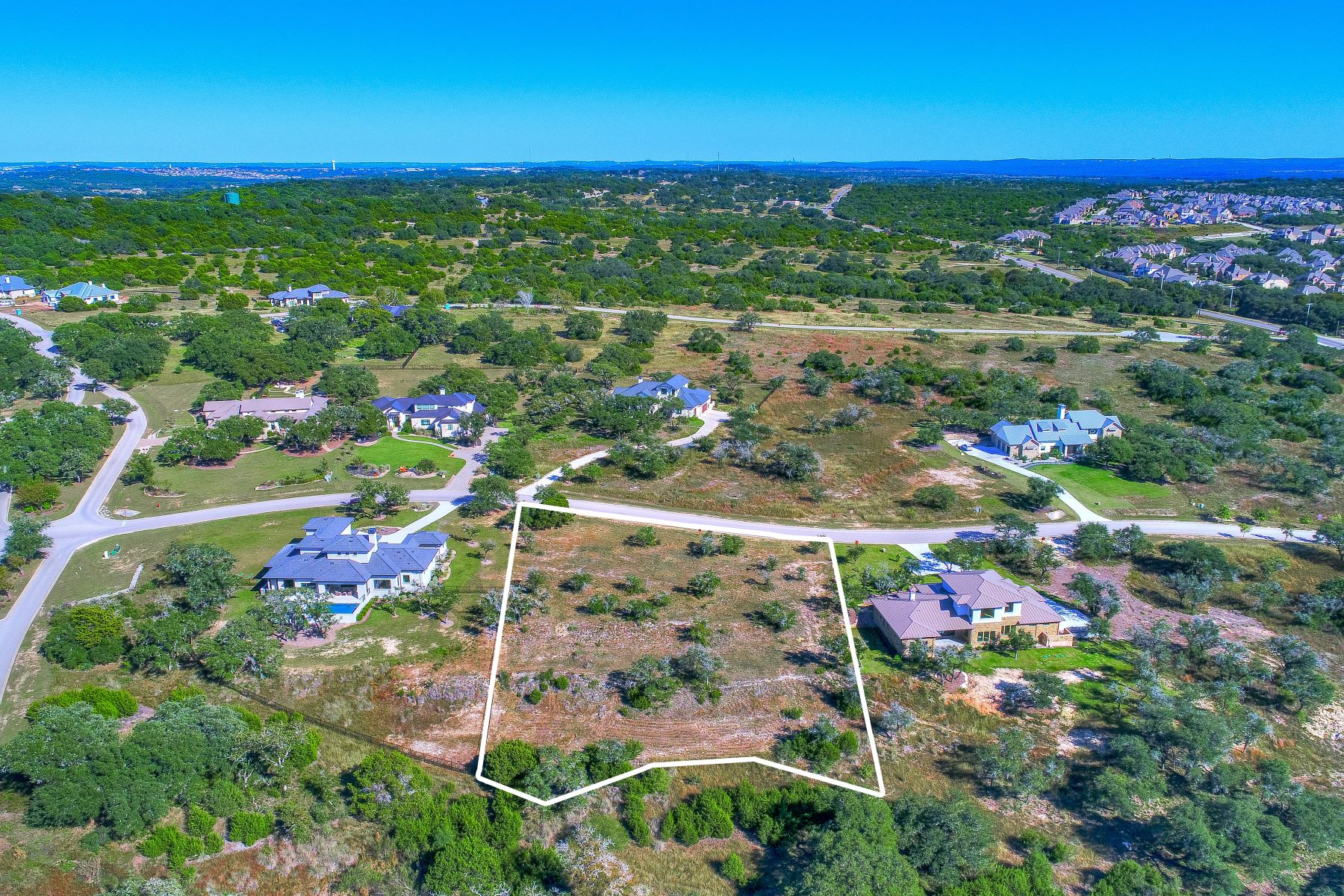 Additional photo for property listing at Private 1 Acre Lot in Gated Belvedere Community 8516 Rollins Drive Austin, Texas 78738 United States