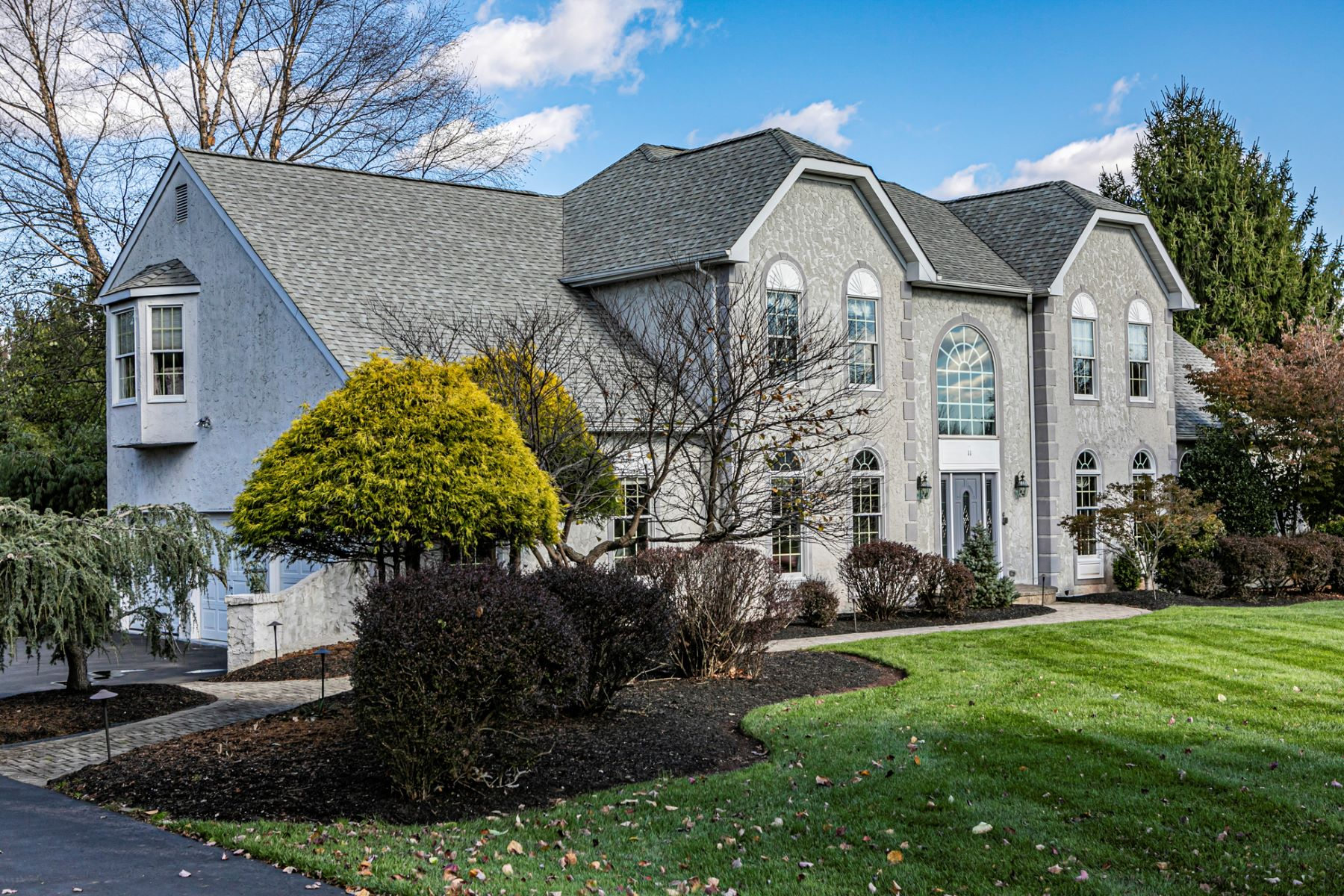 Additional photo for property listing at Beautiful Home, Upgrades, And Location 11 Mulberry Court, Belle Mead, New Jersey 08502 United States